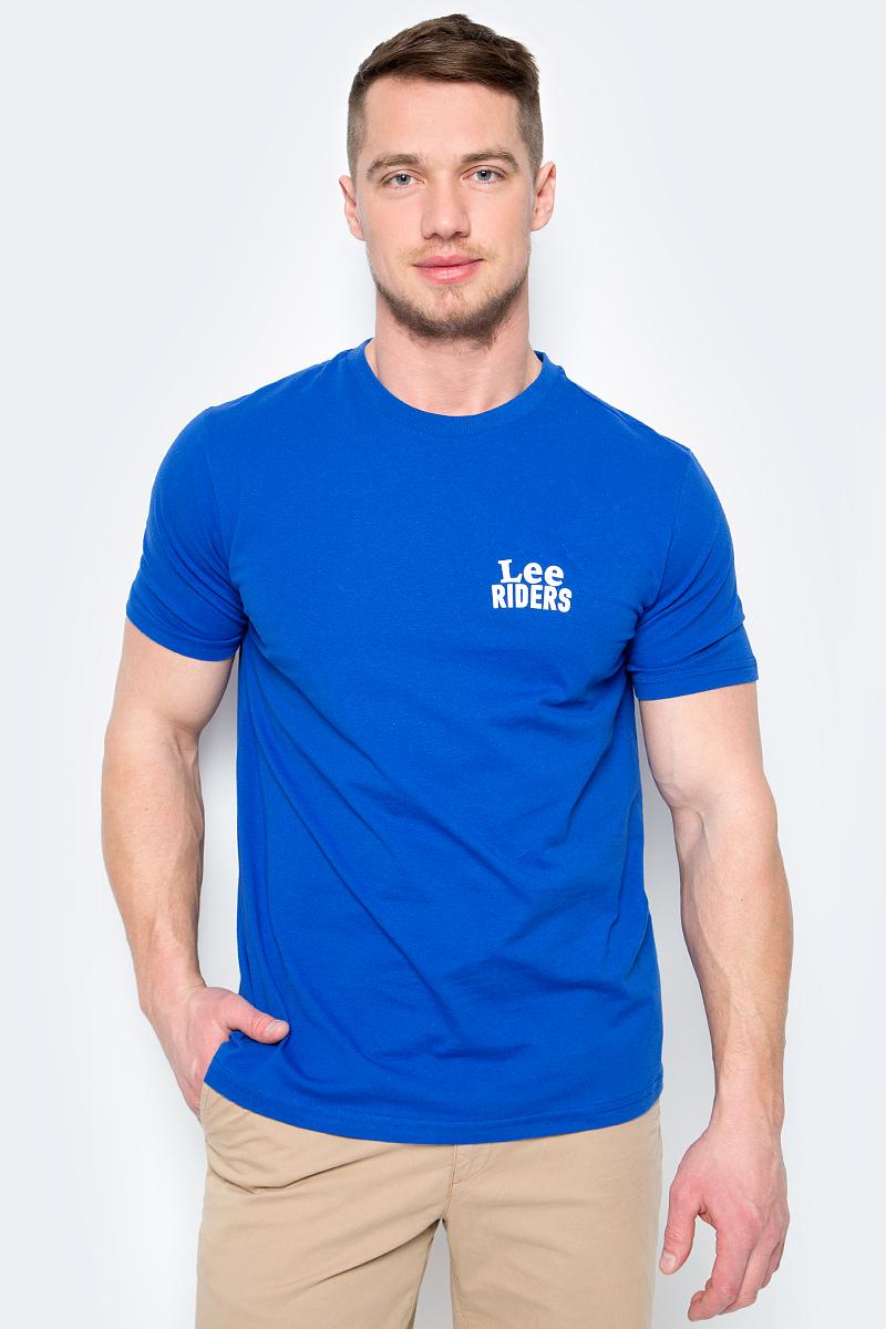 Футболка мужская Lee, цвет: синий. L62RREED. Размер S (46)L62RREEDМужская футболка Lee изготовлена из натурального хлопка. Модель с круглым вырезом горловины и короткими рукавами. На груди футболка дополнена надписью с названием бренда.