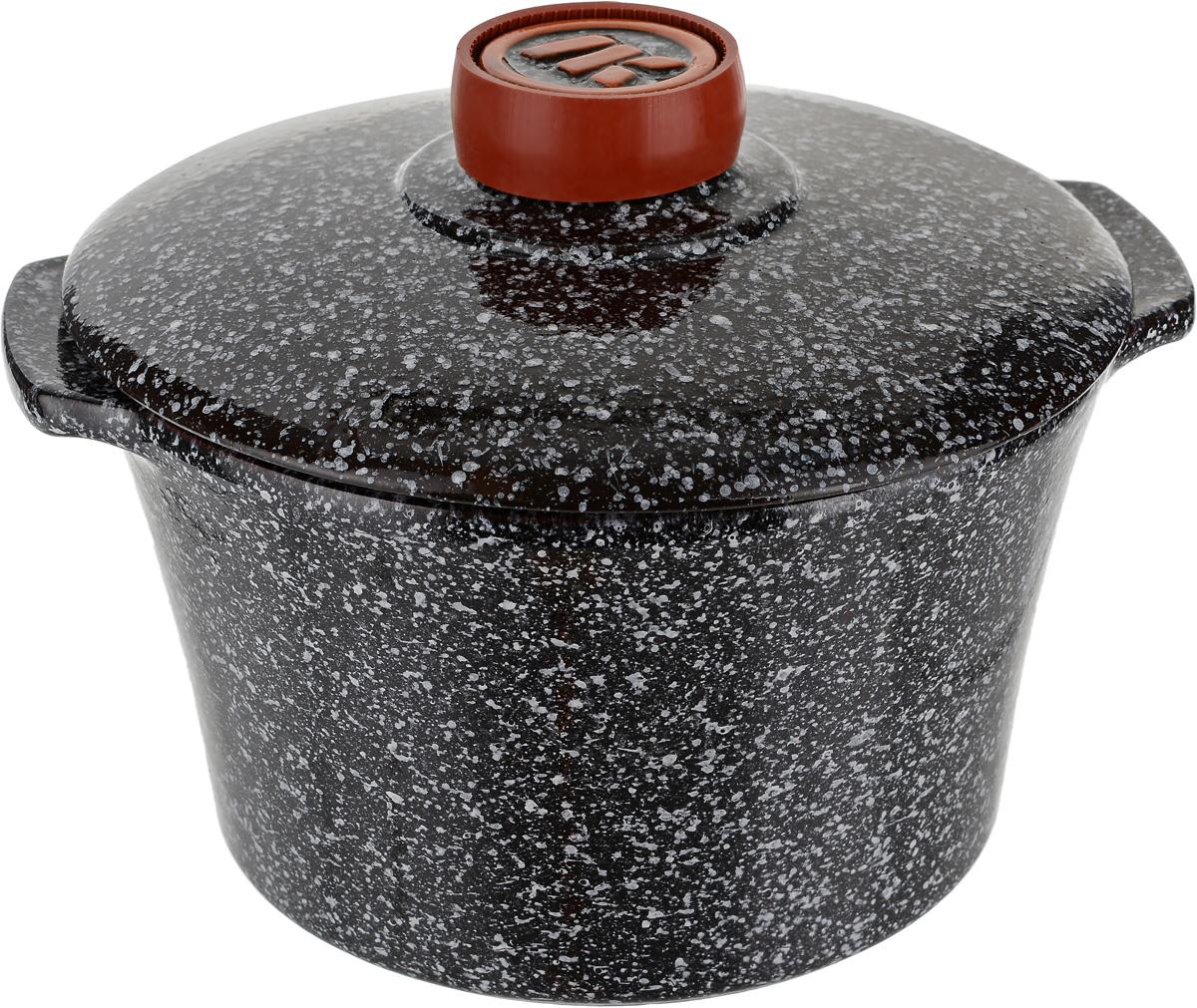 Кастрюля Ломоносовская керамика, с крышкой, цвет: черный, 2 л1КТчм-2Кастрюли подходят для использования на всех видах плит (для индукционных плит необходим специальный диск) , духовок, микроволновых печей, морозильных камерах и холодильниках. Пища в них не пригорает и сохраняет свой истинный аромат и вкус. Обладает свойством равномерного нагрева и остывания. Благодаря этому термостойкие керамические кастрюли идеально подходят для приготовления блюд, требующих долгого томления на огне. Пища, приготовленная в такой посуде, сохраняет максимум витаминов и минеральных веществ и долго остается горячим. Приготовленное блюдо можно не перекладывать и подавать на стол, а также хранить в холодильнике. Готовя в термостойких керамических кастрюлях вы получите узнаваемый вкус с новыми возможностями.