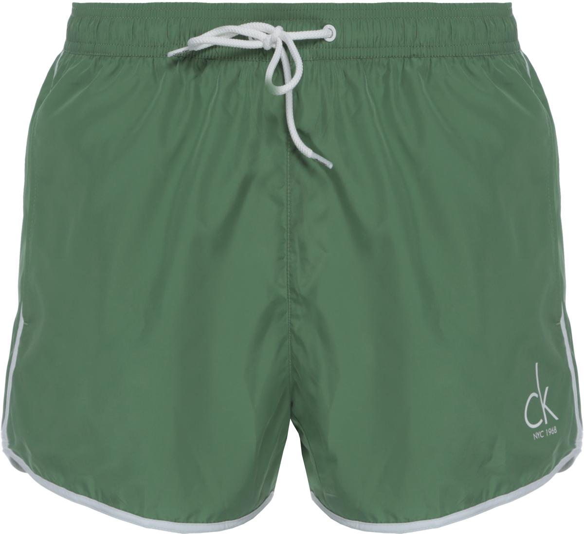 Шорты купальные мужские Calvin Klein Underwear, цвет: зеленый. KM0KM00136_309. Размер L (50)KM0KM00136_309