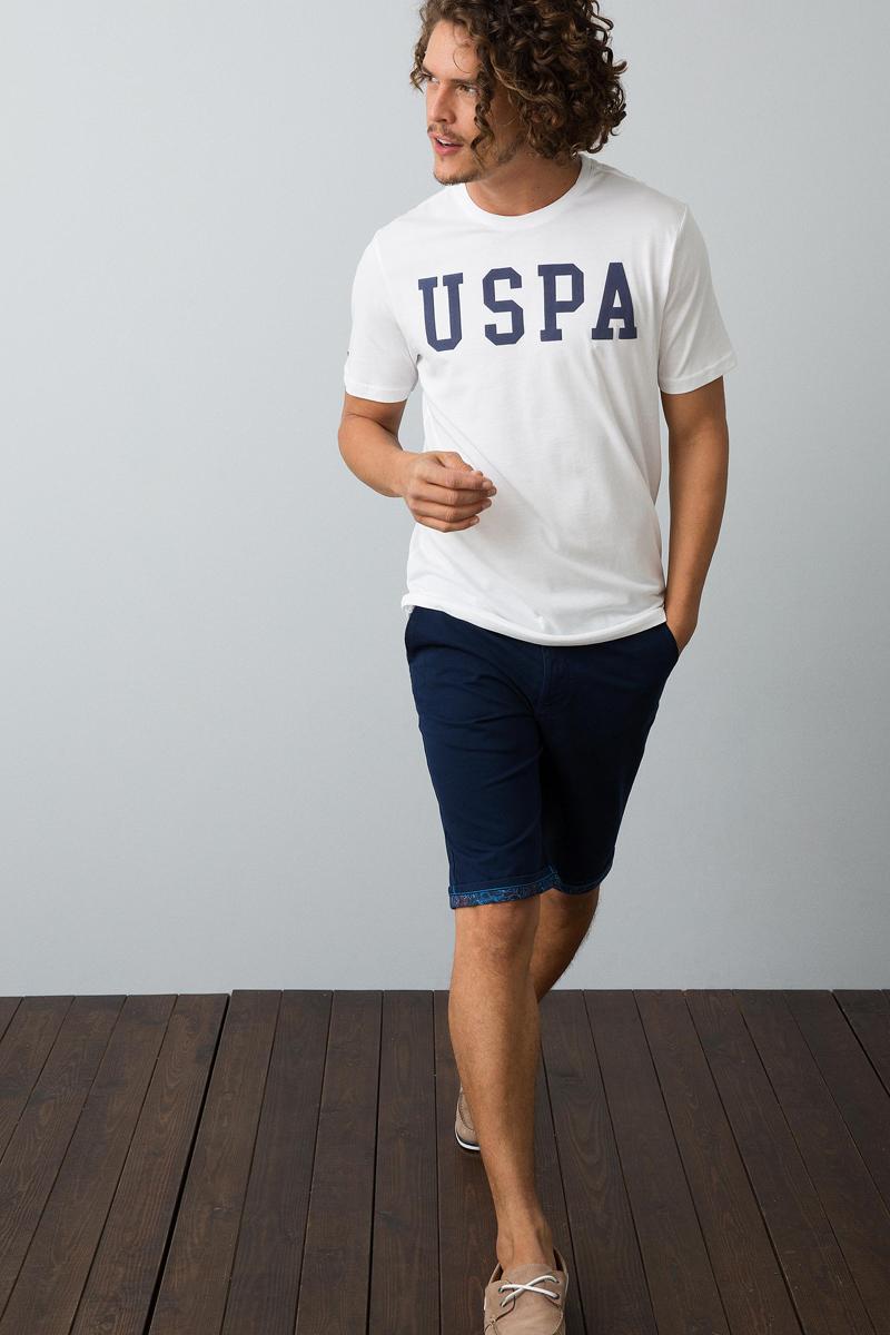 Футболка мужская U.S. Polo Assn., цвет: белый. G081SZ0110GEARTIY8. Размер XS (44)G081SZ0110GEARTIY8Классическая футболка U.S. Polo Assn. разнообразит ваш повседневный гардероб и поможет создать запоминающийся образ. Модель свободного кроя с короткими рукавами изготовлена из натурального хлопка и оформлена контрастным принтом с аббревиатурой бренда. Круглый вырез горловины дополнен мягкой трикотажной резинкой.