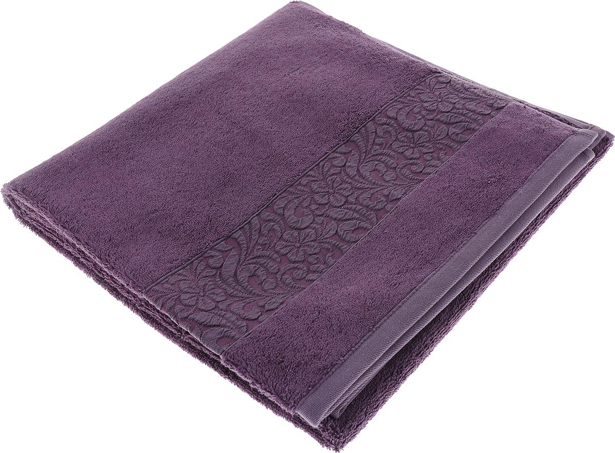 Полотенце Issimo Home Valencia, цвет: пурпурный, 70 x 140 см00000005591Полотенца из бамбука только издали похожи на обычные. На самом деле, при первом же прикосновении Вы ощутите насколько эти полотенца мягкие и нежные! Таким полотенцем не нужно вытираться - только коснитесь кожи - и ткань сама все впитает! Такая ткань впитывает в 3 раза лучше, чем хлопок! Набор из маленьких полотенец-салфеток очень практичен – он станет незаменимым в дороге и в путешествиях. Кроме того, это хороший, красивый и изысканный сувенир для всех, кому хочется подарить подарок. Лицевые и банные полотенца выполнены в наиболее оптимальных размерах и плотности – несмотря на богатую плотность и высокую петлю полотенец, они быстро сохнут, остаются легкими даже при намокании. Коллекция бамбуковых полотенец имеет красивый жаккардовый бордюр, выполненный с орнаментом в цвет полотенец.