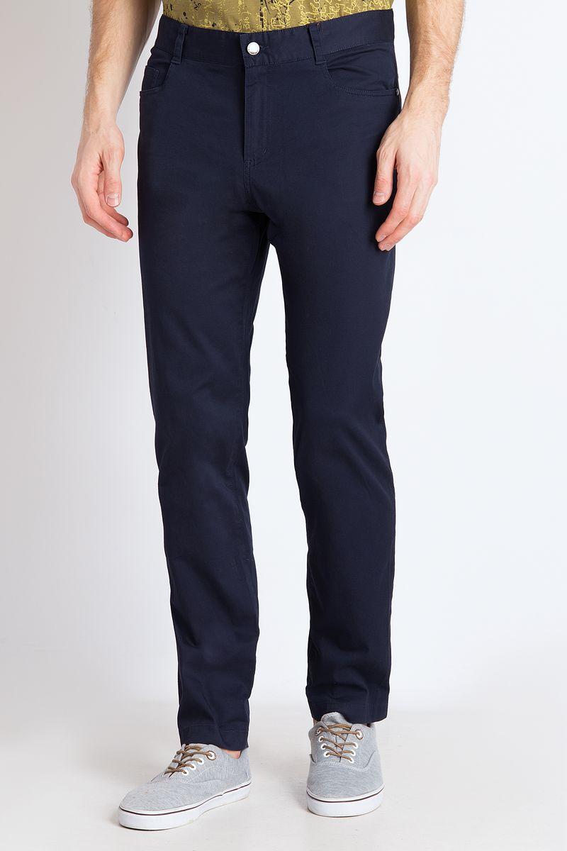 цена на Брюки мужские Finn Flare, цвет: темно-синий. B18-21021. Размер 4XL (58)