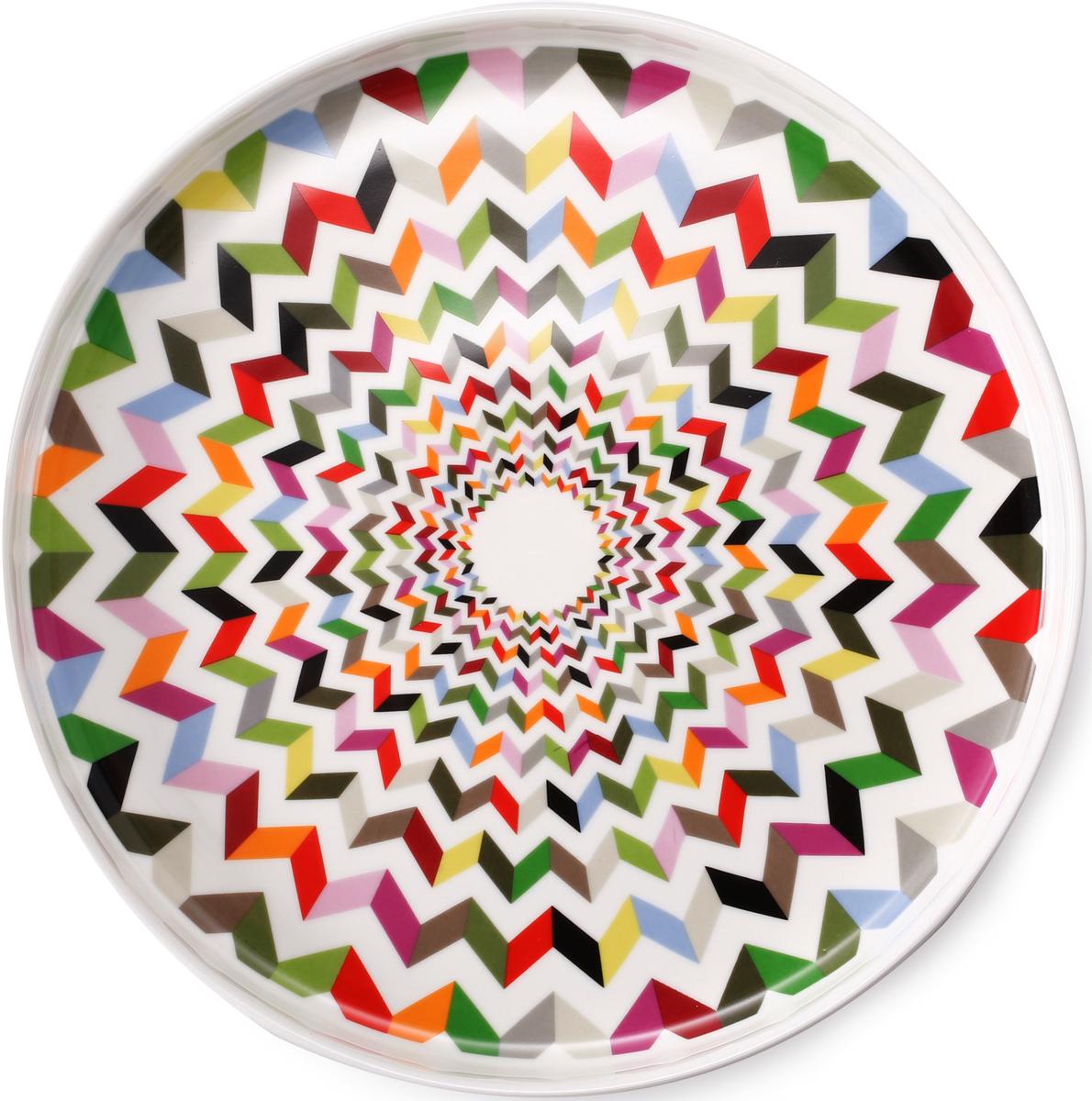 Сервировочное блюдо круглой формы привлекает внимание ярким и необычным дизайном. Выполнено из керамики, без использования примесей, наносящих вред здоровью. Подходит как для ежедневного применения, так и для торжественных случаев.