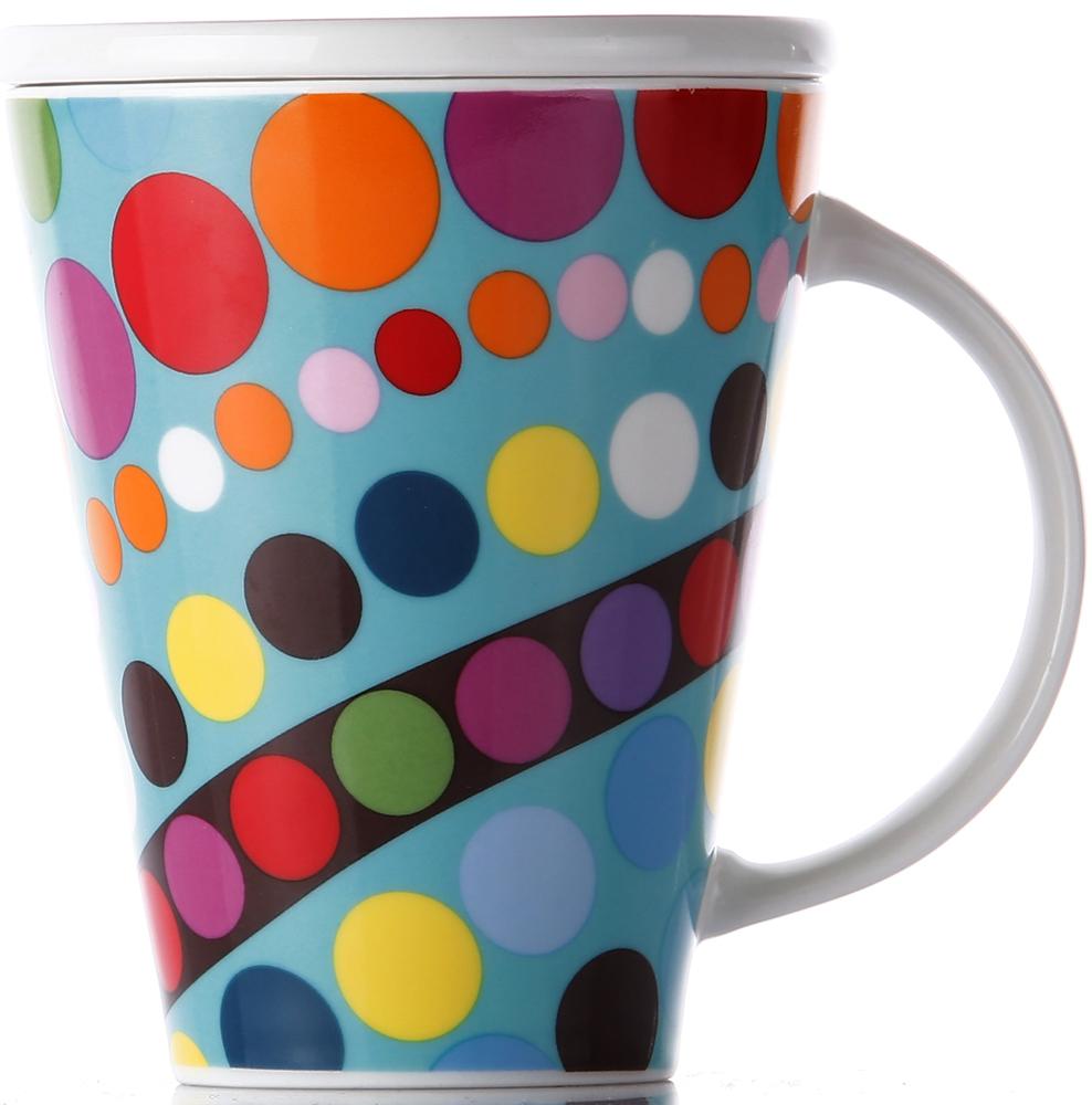 фарфоровая кружка легко моется, не впитывает запахи и не красится от кофе и соков