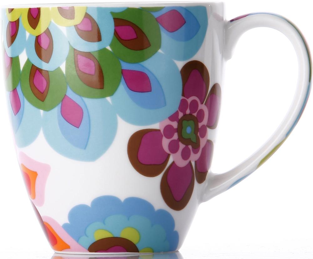 фарфоровый бокал легко моется, не впитывает запахи и не красится от кофе и соков