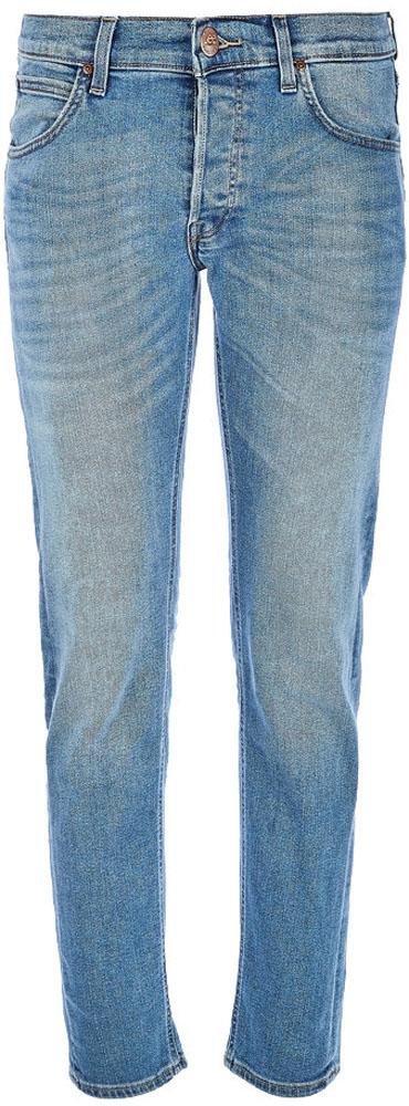Джинсы мужские Lee Daren, цвет: синий. L706KIUP. Размер 32-32 (48-32)L706KIUPДжинсы от Lee выполнены из эластичного хлопкового денима. Джинсы-слим зауженного кроя и стандартной посадки застегиваются на пуговицу в поясе и ширинку на застежке-молнии, дополнены шлевками для ремня. Джинсы имеют классический пятикарманный крой: спереди модель дополнена двумя втачными карманами и одним маленьким накладным кармашком, а сзади - двумя накладными карманами.
