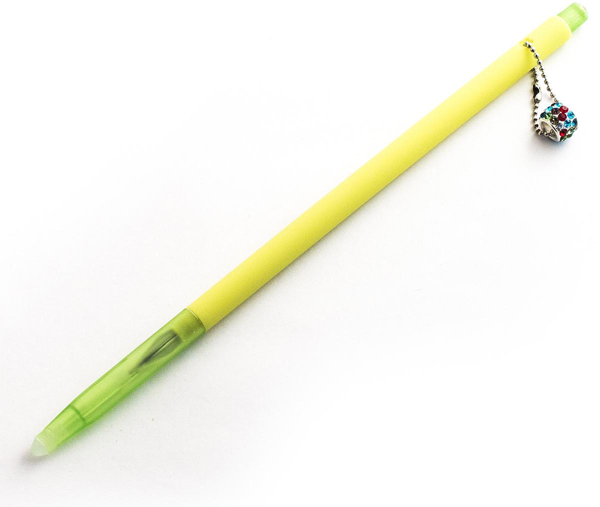 Эврика Ручка гелевая Кольцо №1 с подвеской цвет корпуса салатовый98542Зря говорят, что написанное пером не вырубишь топором. Колпачок нашей ручки снабжен небольшим ластиком для стирания чернил. Поэтому исправить свою ошибку теперь проще простого. Изящная ручка с яркой и модной подвеской загипнотизирует любительниц гламура, покачиваясь на верхушке письменного прибора во время работы. Стержень гелевый, не сменяемый, цвет чернил - синий черный.Материал: пластик.Упаковка: индивидуальный слюдяной пакет.Вес: 10 граммов.