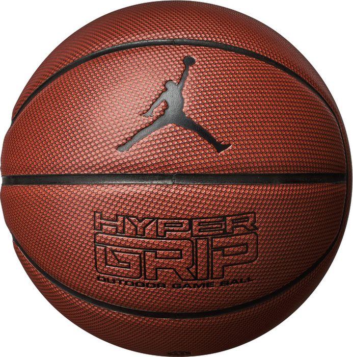 Мяч баскетбольный Nike Jordan Hyper Grip, цвет: янтарный, черный, серебристый. Размер: 7J.KI.01.858.07Композитная кожа обеспечивает превосходные игровые характеристики как в зале так и на улице. Четкие канавки улучшают контроль мяча. Форма сконструирована в расчете на долговечность.