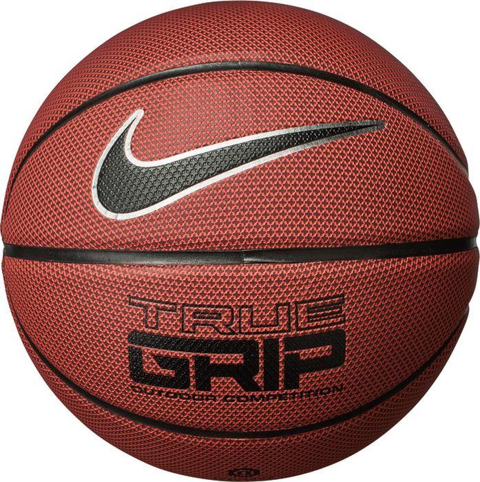 Мяч баскетбольный Nike True Grip Ot, цвет: янтарный, черный, серебристый. Размер: 7N.KI.07.855.07Текстурированные ямочки помогают отводить влагу и улучшать сцепление. Качественный синтетический материал схожий по ощущениям с кожей. Четкие канавки улучшают контроль мяча.