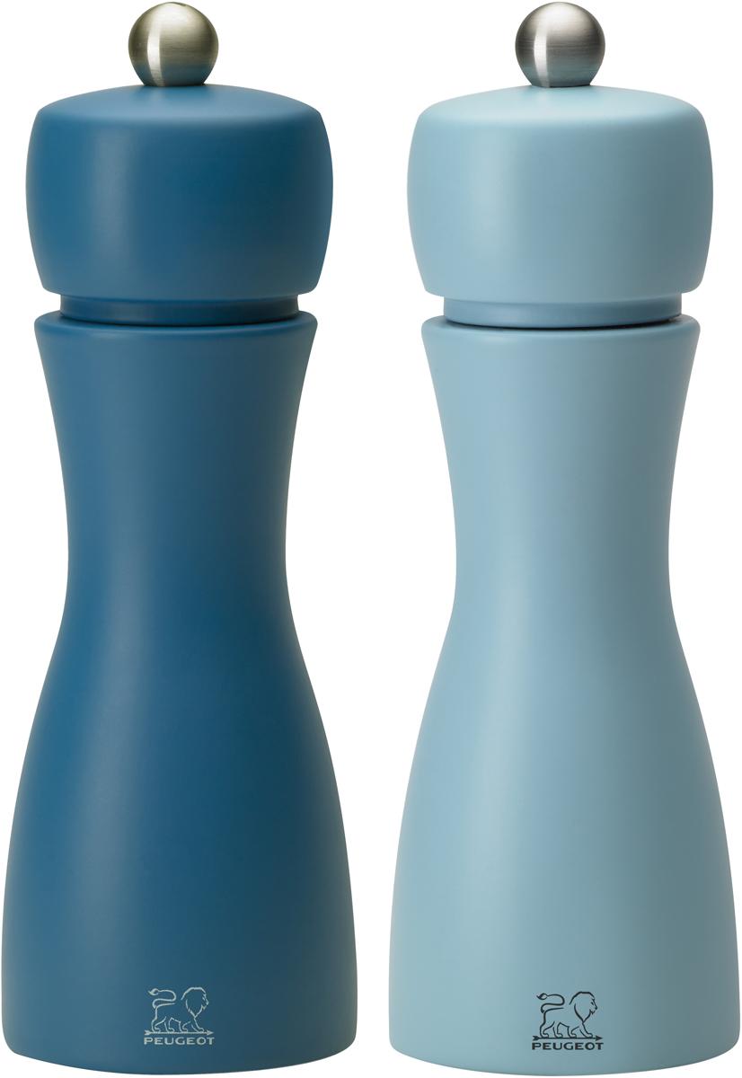 """Набор мельниц для специй Peugeot """"Tahiti set"""" - элегантная линия, изогнутый корпус из матового дерева и небольшая шлифованная кнопка из матовой стали. Это изысканная декоративная модель является неотъемлемой частью современной моды. Механизм позволяющий регулировать помол в 6 разных степенях. Механизм оснащен спиралевидным двойным рядом зубьев, которые направляют и удерживают перчинки для идеального измельчения. Он имеет запатентованную обработку, которая защищает сталь от коррозии."""