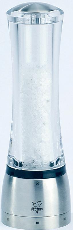 Мельница для соли Peugeot Daman, высота 21 см25458Корпус мельницы для соли Peugeot Daman выполнен из акрила обработанного специальным образом так, чтобы оно сохраняло свой внешний вид долгие годы. Рабочие поверхности фирменного измельчающего механизма изготовлены с применением запатентованной технологии вакуумного напыления, что придаёт им исключительную износоустойчивость. Особый шарм придает плавный силуэт корпуса мельницы и мерцающее на свету сочетание акрила и нержавеющей стали. Фирменной чертой является возможность удобной регулировки качества помола - от самого крупного, грубого измельчения, до порошка консистенции мелкой пудры.