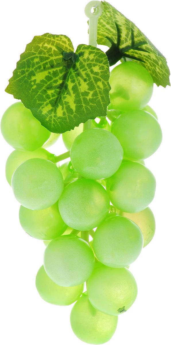 Муляж Engard Гроздь винограда, цвет: зеленый, 14 смFR-11_зеленыйИскусственный фрукт - это идеальный способ украсить кухню или способ придать яркости интерьеру. Фрукт выглядит реалистично, сочно и ярко. Благодаря высокому качеству фрукт не потускнеет со временем.