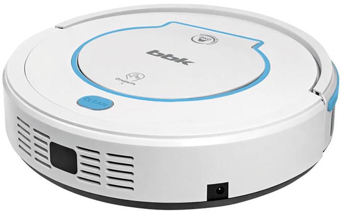 BBK BV3521, White робот-пылесосBV3521Робот-пылесос BBK BV3521 - отличное решение для поддержания чистоты в доме без особых усилий. Автономная работа от встроенногоаккумулятора и интеллектуальные программы уборки позволяют пылесосу производить уборку даже во время вашего отсутствия. Благодарявысокочувствительным сенсорам робот-пылесос прекрасно ориентируется в пространстве и осуществляет движение по выбранному алгоритму.Дополнительные щетки и тряпка для влажной уборки обеспечивают качественную уборку даже вдоль стен и на ламинированном покрытии илиплитке. При снижении заряда аккумулятора пылесос автоматически вернется на зарядную станцию, а после подзарядки продолжит выполнениезаложенной программы. Задание программы уборки и управление роботом-пылесосом осуществляется с пульта дистанционного управления.5 режимов работы Автоматическое возвращение на зарядную базу при низком заряде батареиУборка по расписаниюПульт дистанционного управленияСенсорные датчики для ориентации в пространствеДвойная система фильтрацииФильтр тонкой очистки HEPANi-Mh аккумулятор напряжением 14,4 В и емкостью 1500 мАчРабота от аккумулятора до 90 минВремя зарядки до 5 часовНизкий уровень шума