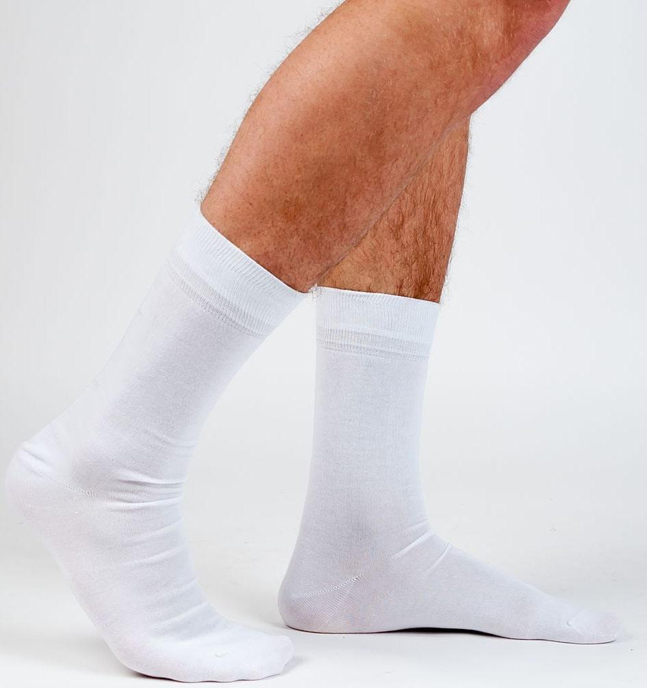 Носки мужские Idilio, цвет: белый. SM 03. Размер 39/41SM 03Комфортные носки, с комфортным кеттельным швом, с добавлением экологически чистого хлопка, изготовленные без применения химических красителей.