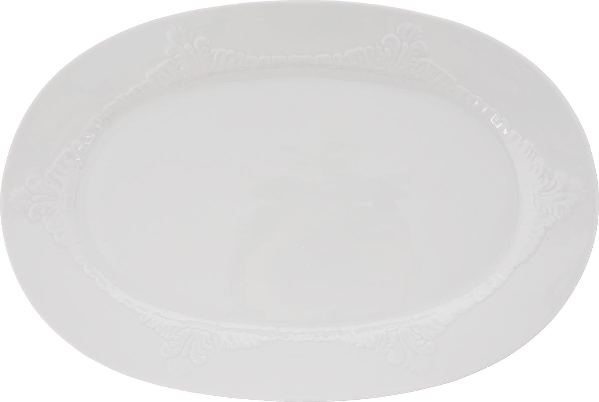 Блюдо Фарфор Вербилок, овальное. 2035001Б2035001ББлюдо – разновидность столовой посуды, обычно неглубокая тарелка, в которой на стол подают нежидкие угощения. Во время праздничного застолья принято использовать 2 вида такой посуды: продолговатые и круглые изделия. В круглых тарелках на стол выносят индейку, гуся, дичь, а вот в овальной посуде на банкете красуется большое разнообразие угощений.
