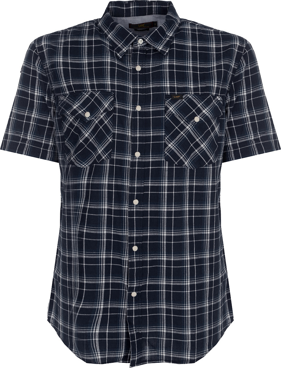 Рубашка мужская Lee, цвет: темно-синий. L641GAEE. Размер XL (52)L641GAEEМужская рубашка от Lee выполнена из натурального хлопка. Модель классического кроя с короткими рукавами и отложным воротником застегивается на пуговицы. На груди рубашка дополнена двумя накладными карманами на пуговицах.