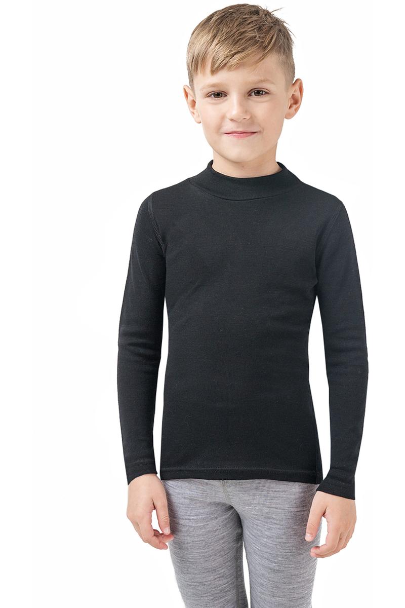 Термобелье водолазка для мальчика Dr. Wool, цвет: черный. DWKL108. Размер 140/146DWKL108Однослойная водолазка из шерсти мериноса защитит от охлаждения и перегрева и станет отличным дополнением к гардеробу ребенка не только в холодное время года. Ее можно использовать самостоятельно или как первый слой одежды. Водолазку легко сочетать с повседневной одеждой или школьной формой. Удобный воротник-стойка защищает шею и не создает лишнего объема. Кроме того, шерсть мериноса содержит природный ланолин, который препятствует размножению бактерий и исключает неприятные запахи. Уход за бельем достаточно прост: можно стирать в стиральной машине, не беспокоясь об усадке или деформации.