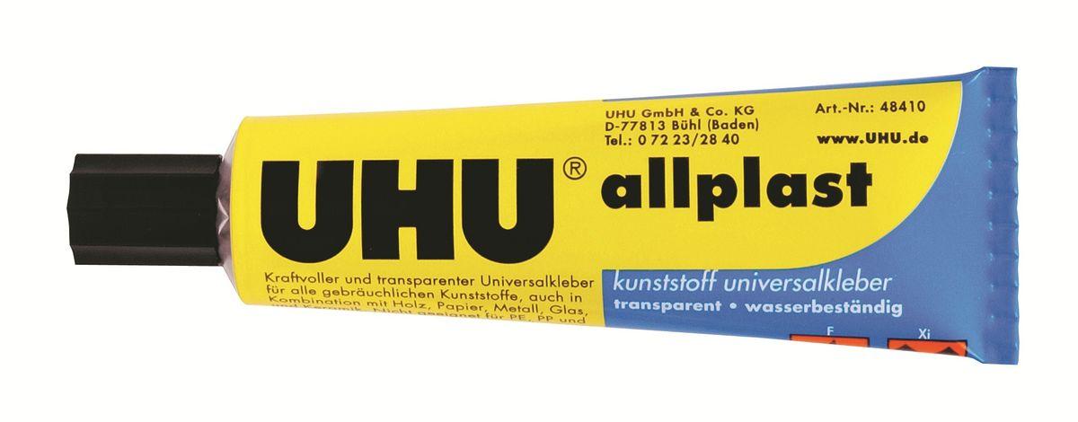 Универсальный клей для всех видов пластика UHU allplast. Универсальный прозрачный клей на основе акрилэстера. Склеивает большинство распространенных (таких как ПВХ и полистирол), а также редких пластиков (бакелит, меламиновая смола и так далее). Менее подходит для плексигласа, целлюлозы, целлюлозэстера и поликарбоната. Склеивает классические материалы, употребляемые в быту и моделировании (кожа, бумага, металлы и тому подобное) с упомянутыми пластиками. Не подходит для склеивания изделий из полиамида, ацеталовых смол и стиропора. Образует жесткое, но гибкое клеевое соединение. Устойчив к спирту, маслам и воде. Выдерживает температуру от -30°С до +90°С.Инструкция по применению:Склеиваемые поверхности должны быть чистыми, сухими и обезжиренными. Нанесите клей на одну (если они являются впитывающими или неровными - на две) поверхности и прижмите их друг к другу. Клей схватывает в течение 5-10 минут, полная прочность клеевого соединения достигается через 24 часа. Клей быстро схватывает, так как частично расплавляет верхний слой пластиков. Поэтому при склеивании тонкостенных изделий из пластика необходимо наносить минимальное количество клея.Удаление остатков клея:Остатки клея можно удалить с помощью ацетона или нитрорастворителей.