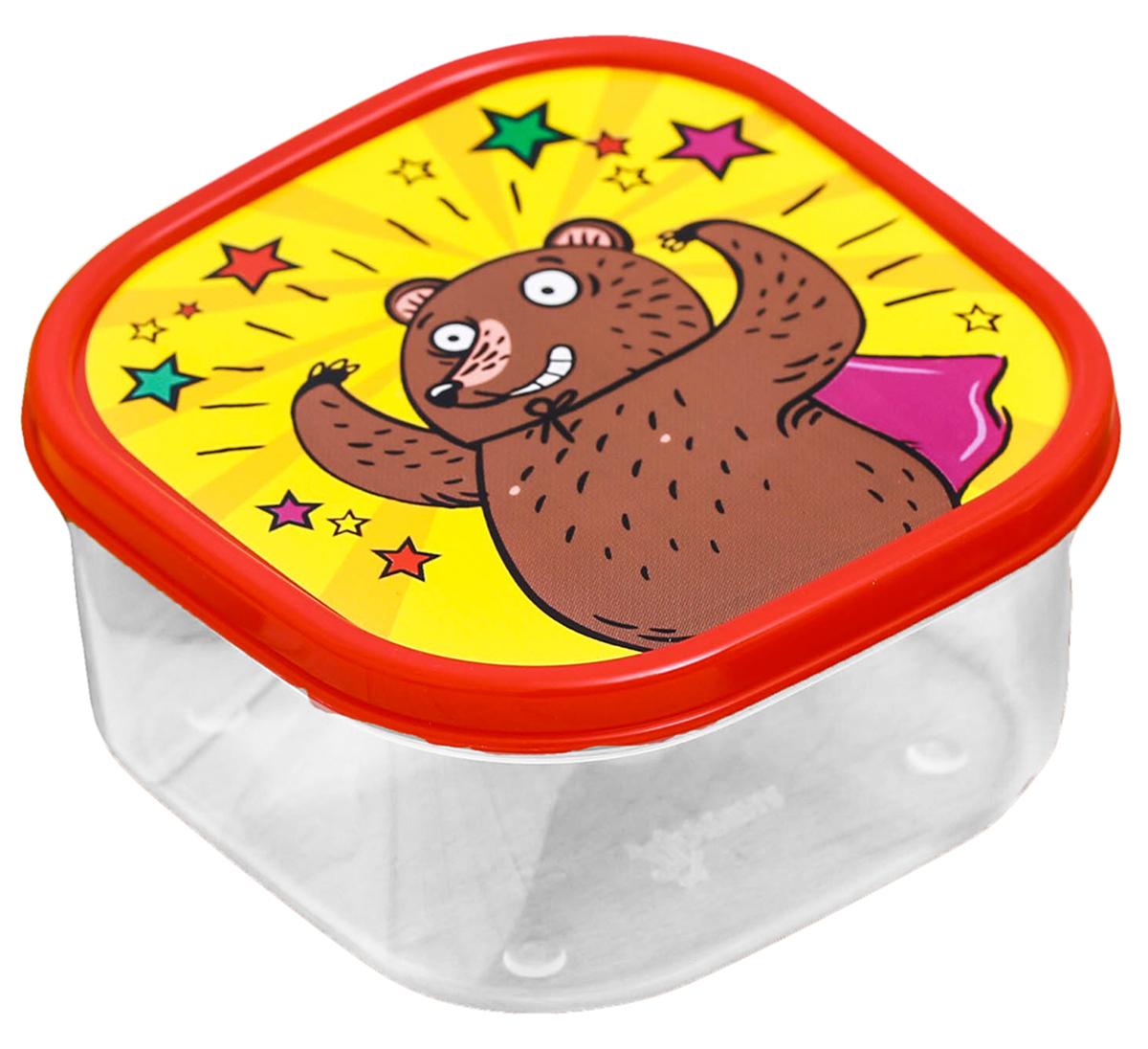 Ланч-бокс Обед супер героя, 0,4 л2789829Изделие произведено в России из качественного пищевого пластика, снабжено плотнозакрывающейся крышкой, а это значит, что вы сможете брать на работу, в дорогу или на пикникразнообразную, а самое главное - вкусную и полезную пищу! Оригинальный рисунок на крышкеподнимет настроение хозяину и окружающим.Контейнер прост и удобен в обращении: его можно хранить в холодильнике, разогревать вмикроволновой печи, мыть в посудомоечной машине.