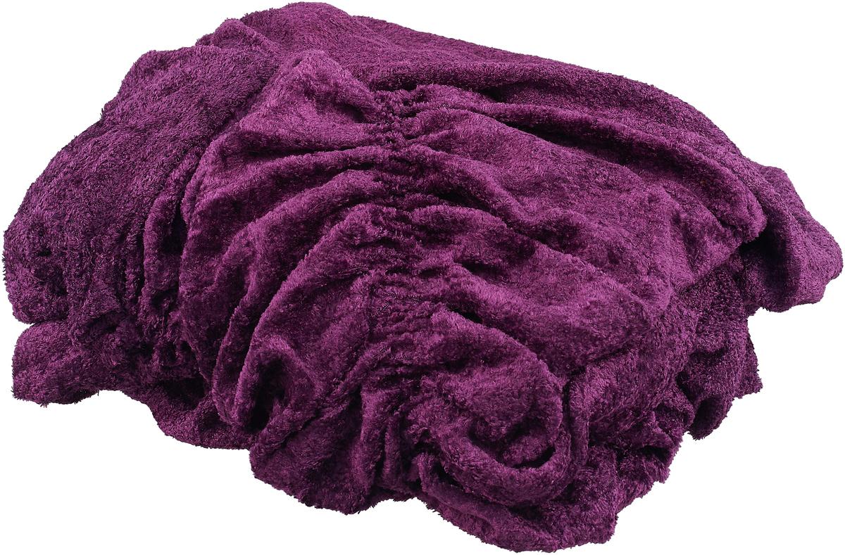 Чехол для кресла МарТекс, цвет: фиолетовый. 05-0604-205-0604-2Комплект чехлов для мебели из велюровой ткани, выполнен из высококачественного полиэстера с эффектом мерцания. Предназначен для мягкой мебели стандартного размера со спинкой высотой до 140 см. Такие чехлы изысканно дополнят интерьер вашего дома. Изделие продублировано широкой резинкой со всех сторон и оснащено закрывающей оборкой. Набор чехлов для мягкой мебели придаст вашей мебели новый внешний вид. Каждый элемент интерьера нуждается в уходе и защите. В большинстве случаев потертости появляются на диванах и креслах. В набор входит чехол для трехместного дивана и два чехла для кресла. Чехлы изготовлены из 100% полиэстера. Такой материал прекрасно переносит нагрузки, долго не стареет и его просто очистить от грязи.Набор чехлов создан для тех, кто не планирует покупать новую мебель каждый год. Чехлы можно постирать в стиральной машине при деликатном режиме стирки. Он идеально подойдет для тех, кто хочет защитить свою мебель от постоянных воздействий. Этот чехол, благодаря прочности ткани, станет идеальным решением для владельцев домашних животных. Кроме того, состав ткани гипоаллергенен, а потому безопасен для малышей или людей пожилого возраста. Такой чехол отлично впишется в любой интерьер. Чехол послужит не только практичной защитой для вашей мебели, но и обновит интерьер без лишних затрат.КРЕСЛО, 1 шт, размеры: Ширина посадочного места: 70-80 см. Ширина подлокотников: 25-35см. Глубина посадочного места: 70-80 см. Высота юбки: 35-45 см. Высота спинки: 80-90 см.
