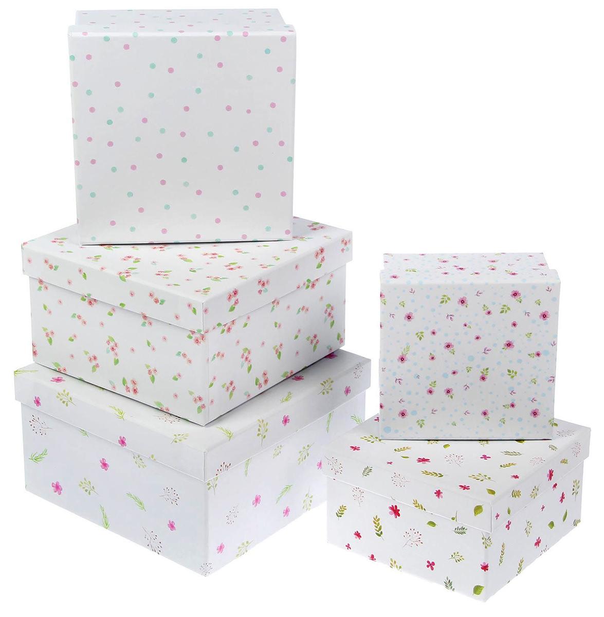Набор коробок Дарите Счастье 5 в 1 Акварельный, квадрат1433260Шляпные коробки — новое решение для оформления букетов. Такая композиция выглядит оригинально и стильно. Удобная упаковка защищает цветы во время переноски.При наличии флористической губки изделие можно использовать в качестве вазы. Кроме редкого полива и сбрызгивания растения не потребуют особенного ухода. Букет надолго сохранит свежесть и красоту.
