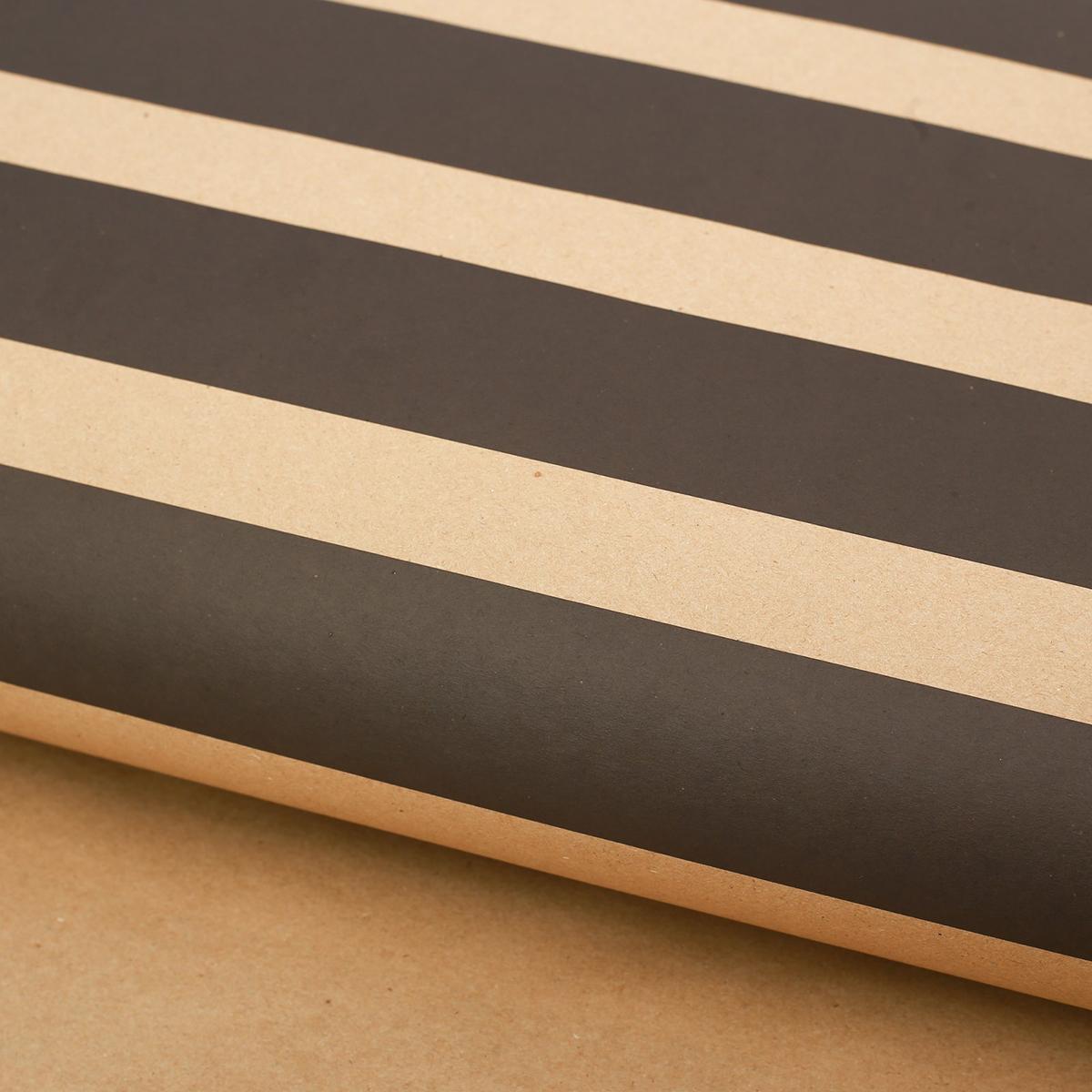 Крафт бумага Дарите Счастье Черная полоска, 50 х 70 см2771485Любой подарок начинается с упаковки. Что может быть трогательнее и волшебнее, чем ритуал разворачивания полученного презента. И именно оригинальная, со вкусом выбранная упаковка выделит ваш подарок из массы других. Она продемонстрирует самые теплые чувства к виновнику торжества и создаст сказочную атмосферу праздника.