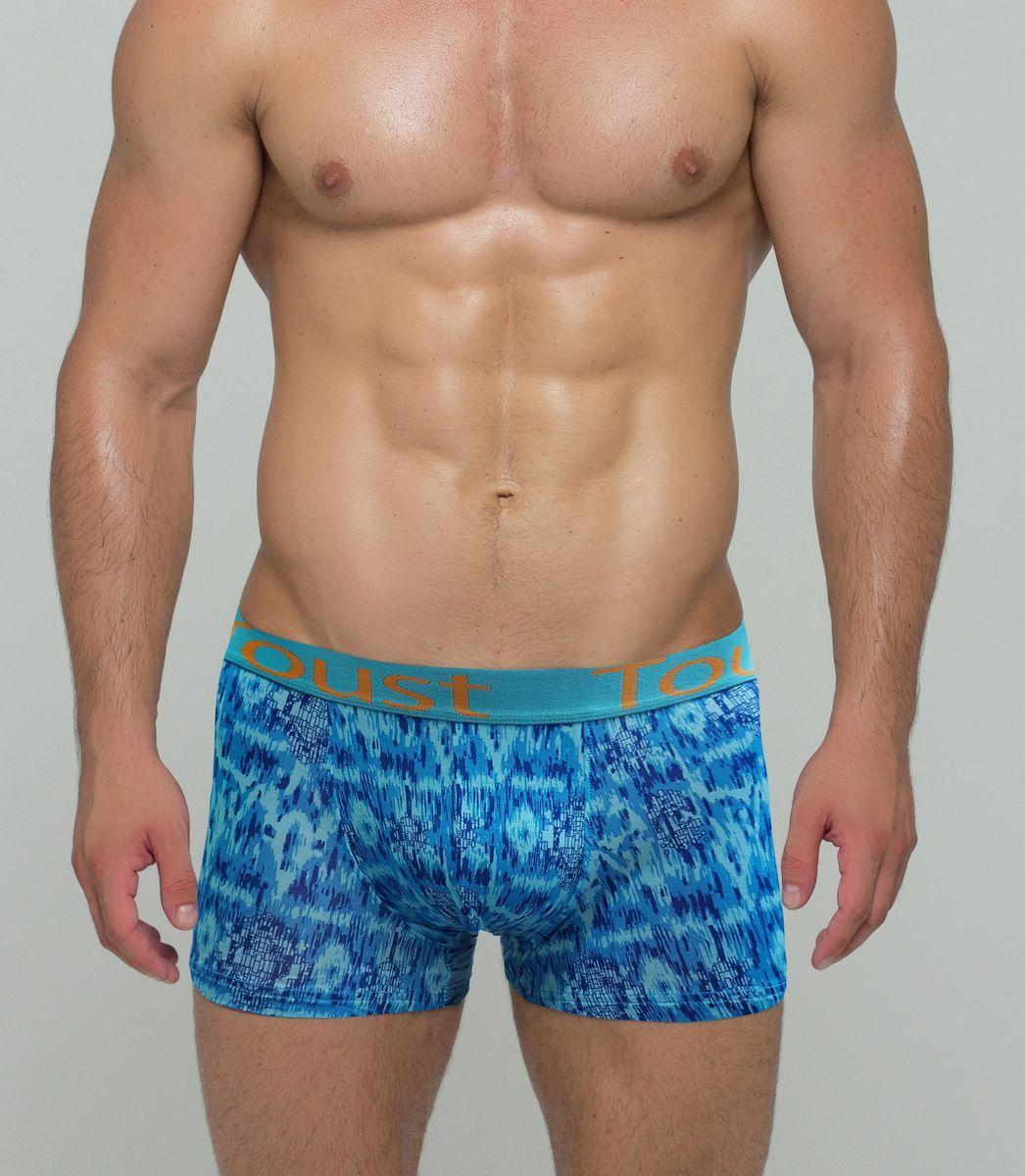 Трусы-боксеры мужские Toust, цвет: синий, голубой. T8009B. Размер XXL (50)T8009BМужские трусы-боксеры от бренда Toust выполнены из тонкой, мягкой, дышащей и приятной для тела, вискозной ткани. Материал хорошо тянется, не теряет формы. Анатомически правильные лекала, отсутствие боковых швов, обеспечивают максимальный комфорт и практичность ношения. Стильное сочетание дизайна резинки с ярким и необычным принтом изделия создает и дополняет образ современного и молодого человека, который идет в пору со временем, подчеркивает его индивидуальность и характер.