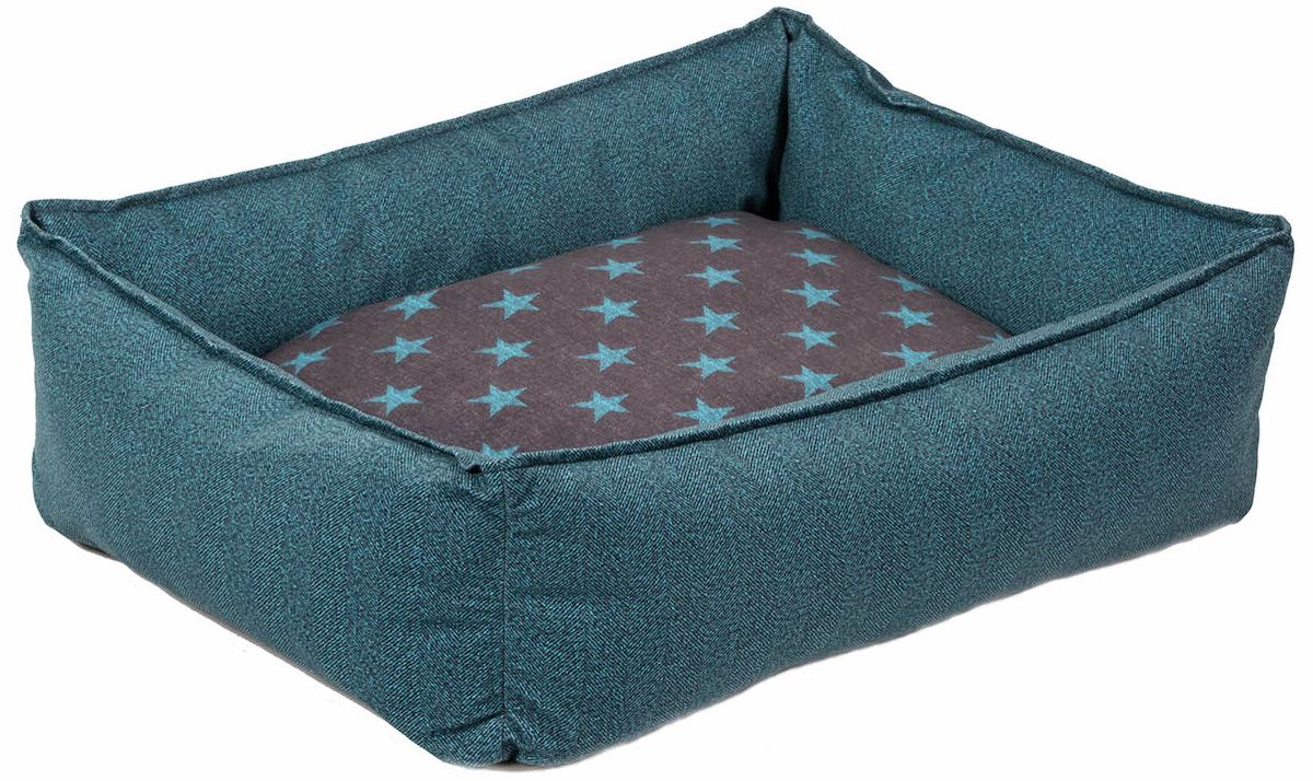 Лежанка для животных Bedfor, со съемными чехлами, цвет: бирюзовая елочка, 90 x 60 x 18 смSEA03_LСтильная лежанка Bedfor со съемными чехлами станет любимым местом отдыха для вашего питомца. Внешняя ткань - микровелюр, приятный на ощупь износоустойчивый материал со свойством антикоготь, легко чистится, можно стирать в машинке при 30 градусах. Наполнитель - гипоаллергенный холлофайбер, который не впитывает влагу и запахи, теплый, воздушный, всегда держит форму, в нем не заводятся клещи и другие паразиты. Дно из прорезиненной ткани оксфорд, водонепроницаемая, прочная, не скользит по полу.Размер 90 х 60 см идеально подойдет для корги, чау-чау, шарпеев, крупных биглей, акита-ину.