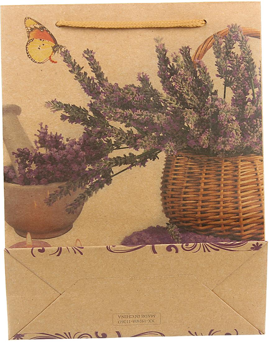 Пакет подарочный Букет из лаванды, цвет: мультиколор, 24 х 33 х 8 см. 24509942450994Любой подарок начинается с упаковки. Что может быть трогательнее и волшебнее, чем ритуал разворачивания полученного презента. И именно оригинальная, со вкусом выбранная упаковка выделит ваш подарок из массы других. Она продемонстрирует самые теплые чувства к виновнику торжества и создаст сказочную атмосферу праздника. Пакет-крафт Букет из лаванды - это то, что вы искали.