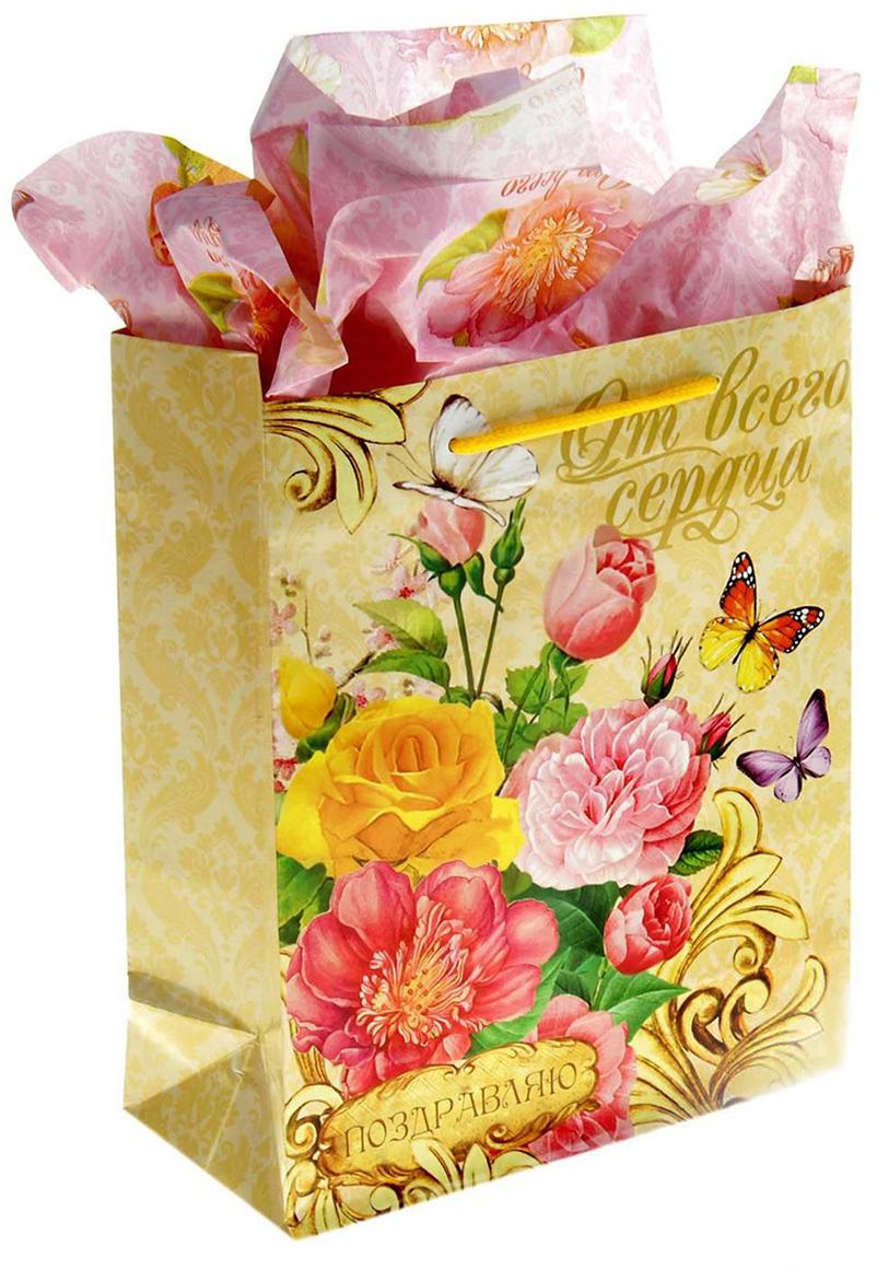 Набор для упаковки подарка Дарите Счастье Летний сад, цвет: мультиколор, 8 х 18 х 23 см. 865750865750Набор для упаковки подарка 2 в 1: пакет + бумага-тишью.Зачем нужна бумага тишью и как ею пользоваться?Бумага тишью (tissuepaper) - это тонкая декоративная бумага, которая используется для упаковкиподарков. А еще с ее помощью в коробке или пакете с презентом заполняется пустоепространство, при этом создается эффект дополнительного объема и пышности.Бумага тишью немного сминается в процессе, но пугаться этого не стоит: так и задумано.Презентабельность она при этом не теряет. Наоборот, за счет этого свойства бумаги можнолегко и быстро упаковать подарки любой, даже самой сложной формы, от одежды доканцтоваров.Кстати, эту бумагу очень любят мастера скрапбукинга, декупажа и те, кто занимаетсядекором интерьеров: из материала получаются неповторимые поделки.Бумага тишью с ярким принтом - дарим идеальные подарки! Оригинальный принт, удобный размер, достойное качество и разумная цена изделия позволятоформить презент красиво и со вкусом.Подарки, приготовленные с душой, никогда не забываются.Дарите радость близким!