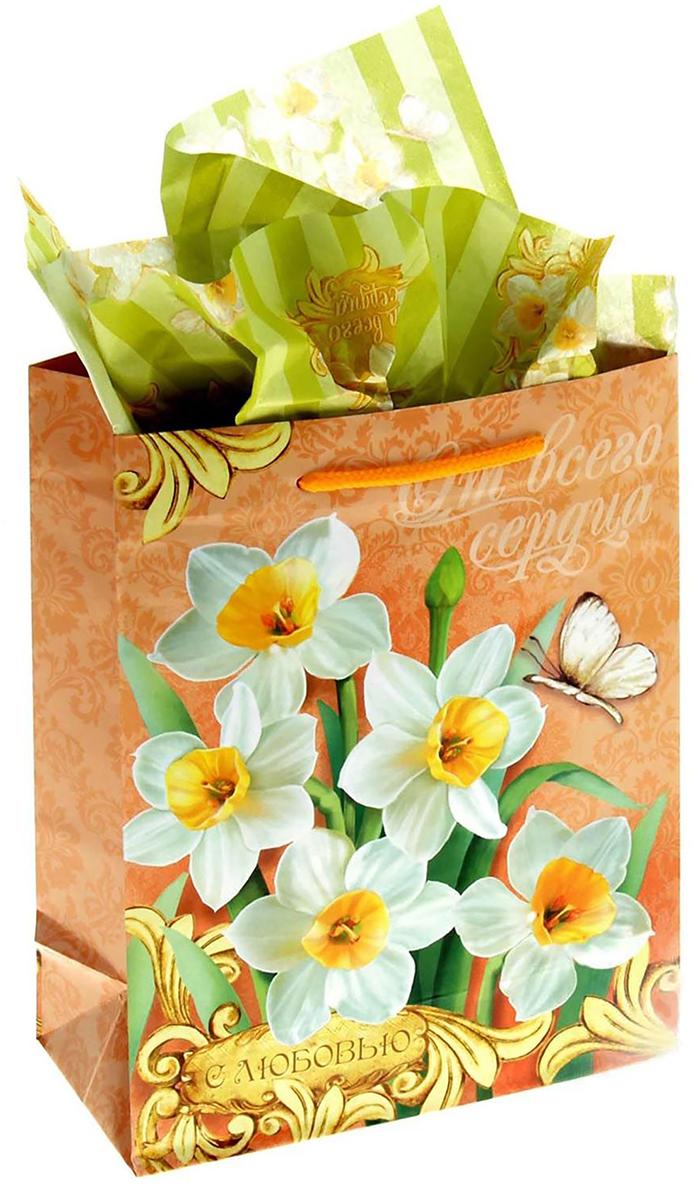 Набор для упаковки подарка Дарите Счастье Очаровательный нарцисс, цвет: мультиколор, 8 х 18 х 23 см. 865752865752Набор для упаковки подарка 2 в 1: пакет + бумага-тишью.Зачем нужна бумага тишью и как ею пользоваться?Бумага тишью (tissuepaper) - это тонкая декоративная бумага, которая используется для упаковкиподарков. А еще с ее помощью в коробке или пакете с презентом заполняется пустоепространство, при этом создается эффект дополнительного объема и пышности.Бумага тишью немного сминается в процессе, но пугаться этого не стоит: так и задумано.Презентабельность она при этом не теряет. Наоборот, за счет этого свойства бумаги можнолегко и быстро упаковать подарки любой, даже самой сложной формы, от одежды доканцтоваров.Кстати, эту бумагу очень любят мастера скрапбукинга, декупажа и те, кто занимаетсядекором интерьеров: из материала получаются неповторимые поделки.Бумага тишью с ярким принтом - дарим идеальные подарки! Оригинальный принт, удобный размер, достойное качество и разумная цена изделия позволятоформить презент красиво и со вкусом.Подарки, приготовленные с душой, никогда не забываются.Дарите радость близким!