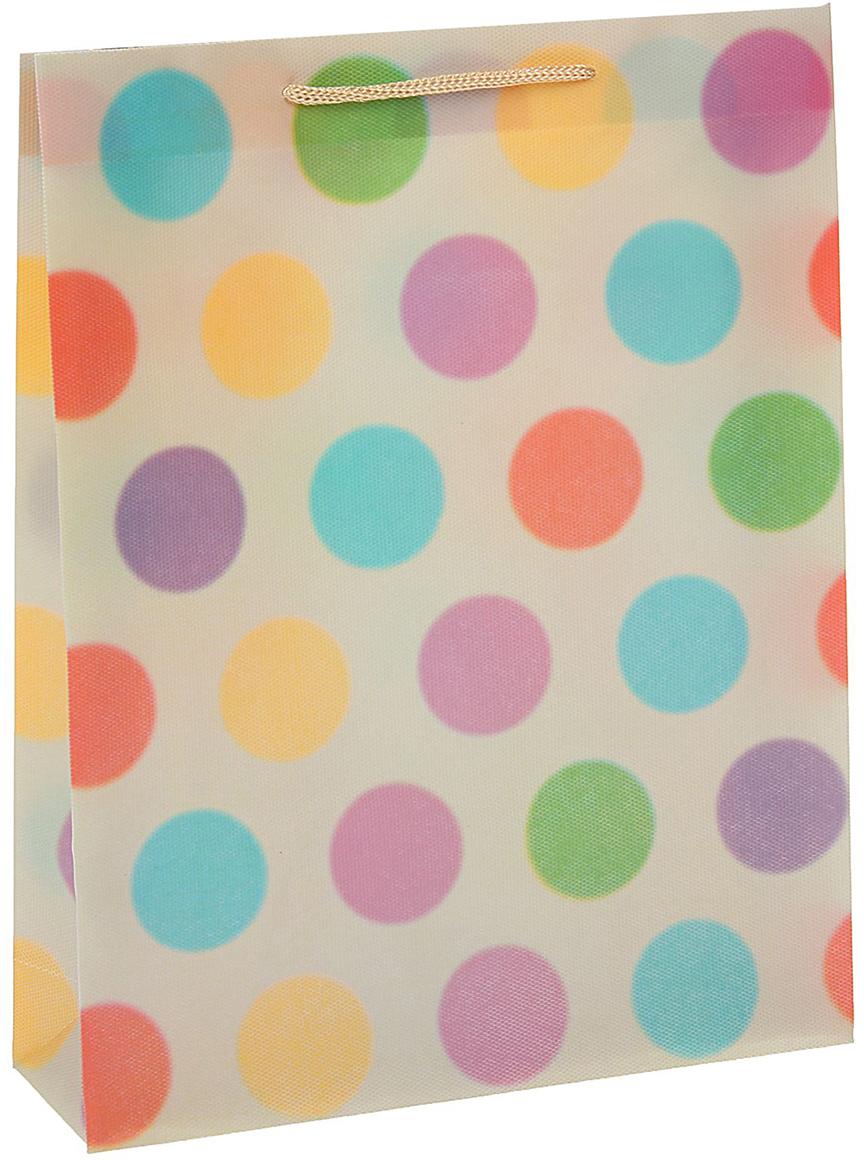 Пакет подарочный Горошина, цвет: бежевый, 31 х 39 х 9 см. 15587321558732Любой подарок начинается с упаковки. Что может быть трогательнее и волшебнее, чем ритуал разворачивания полученного презента. И именно оригинальная, со вкусом выбранная упаковка выделит ваш подарок из массы других. Она продемонстрирует самые теплые чувства к виновнику торжества и создаст сказочную атмосферу праздника - это то, что вы искали.