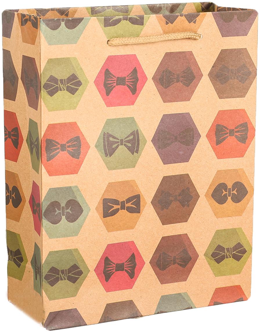 Пакет подарочный Галстук-бабочка, цвет: мультиколор, 19 х 24 х 8 см. 27909292790929Любой подарок начинается с упаковки. Что может быть трогательнее и волшебнее, чем ритуал разворачивания полученного презента. И именно оригинальная, со вкусом выбранная упаковка выделит ваш подарок из массы других. Она продемонстрирует самые теплые чувства к виновнику торжества и создаст сказочную атмосферу праздника. Пакет-крафт Галстук-бабочка - это то, что вы искали.