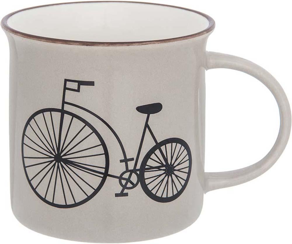 Фарфоровая кружка классической формы объемом 210 мл с удобной ручкой. Подходит для любых горячих и холодных напитков, чая, кофе, какао.