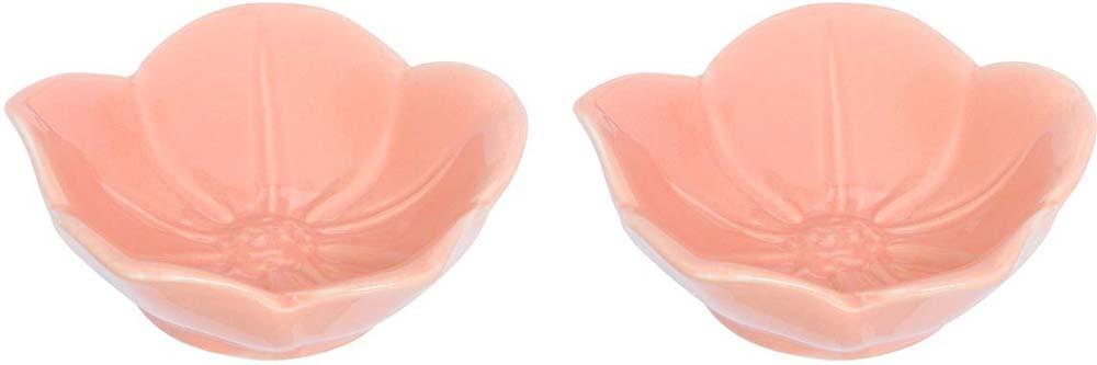 Розетка для варенья Elan Gallery Распустившийся цветок, цвет: персиковый, 10,5 х 10,5 х 3 см, 2 шт380063Красивые и вместительные розетки Elan Gallery из коллекции Распустившийся цветок подходят не только для сладких лакомств. Их можно использовать для орехов, оливок, каперсов, корнишонов и соусов. Выполнены из керамики.У вас намечается праздник, придет много гостей и надо сервировать большой стол - розетки идеальное дополнение для сервировки.Изделие имеет подарочную упаковку, идеальный подарок для ваших близких!