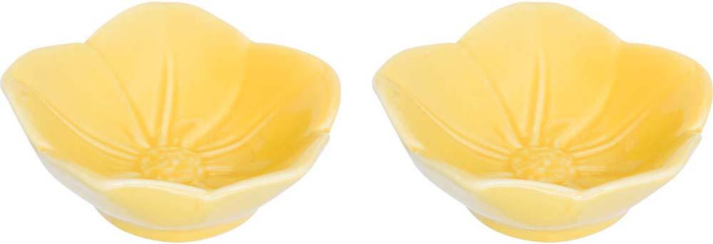 Розетка для варенья Elan Gallery Распустившийся цветок, цвет: желтый, 10,5 х 10,5 х 3 см, 2 шт380065Красивые и вместительные розетки Elan Gallery из коллекции Распустившийся цветок для варенья подходят не только для сладких лакомств. Их можно использовать для орехов, оливок, каперсов, корнишонов и соусов. Выполнены из керамики.У вас намечается праздник, придет много гостей и надо сервировать большой стол - розетки идеальное дополнение для сервировки.Изделие имеет подарочную упаковку, идеальный подарок для ваших близких!