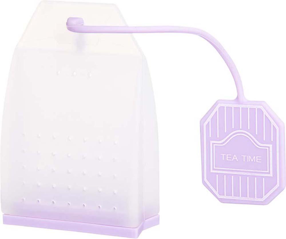 Ситечко для чая Elan Gallery Пакетик, цвет: белый, сиреневый, 4,5 х 6,7 х 2 см900058Сито для заваривания чая в форме чайного пакетика - прекрасная и ироничная альтернатива чайным пакетикам, ведь благодаря этой полезной вещи вы сможете наслаждаться ароматным крепким чаем без намека на чаинки в вашей кружке. Сито выполнено из 100% пищевого силикона, удобно открывается, легко моется и представлено в ярких и пастельных цветах.