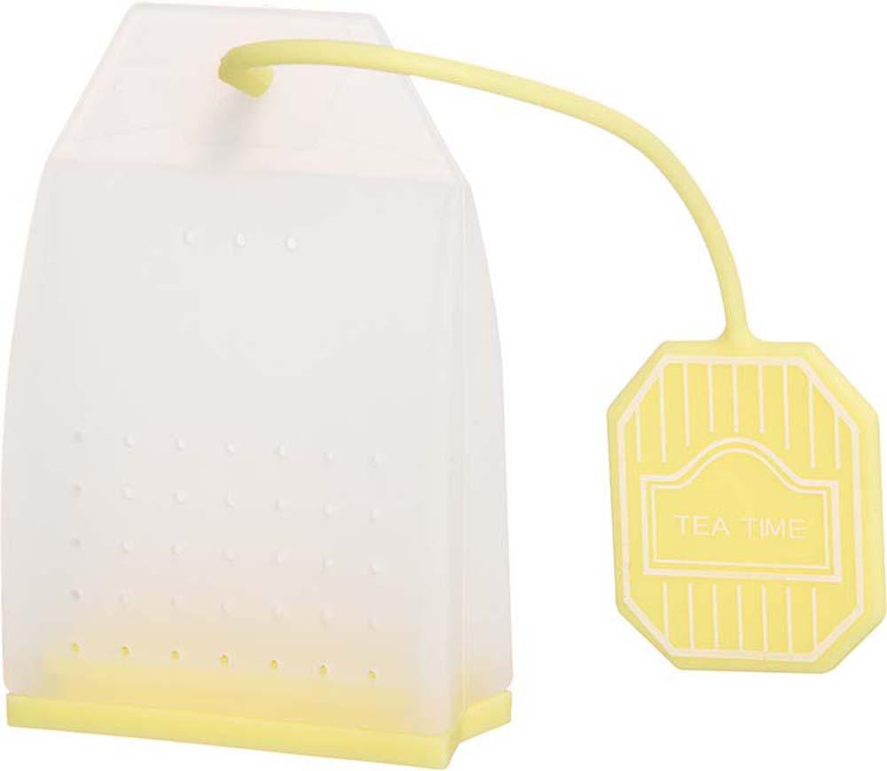 Ситечко для чая Elan Gallery Пакетик, цвет: белый, лимонный, 4,5 х 6,7 х 2 см900060Сито для заваривания чая в форме чайного пакетика - прекрасная и ироничная альтернатива чайным пакетикам, ведь благодаря этой полезной вещи вы сможете наслаждаться ароматным крепким чаем без намека на чаинки в вашей кружке. Сито выполнено из 100% пищевого силикона, удобно открывается, легко моется и представлено в ярких и пастельных цветах.Также в серии силиконовых сит для чая представлены изящные бабочки, которые крепятся к стенке кружки и силиконовые совы ярких и пастельных цветов, которые послужат изящным и практичным штрихом к вашему чаепитию.