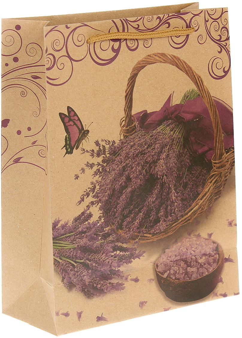 Пакет подарочный Корзинка с лавандой, цвет: мультиколор, 19 х 24 х 8 см. 24510232451023Любой подарок начинается с упаковки. Что может быть трогательнее и волшебнее, чем ритуал разворачивания полученного презента. И именно оригинальная, со вкусом выбранная упаковка выделит ваш подарок из массы других. Она продемонстрирует самые теплые чувства к виновнику торжества и создаст сказочную атмосферу праздника. Пакет-крафт Корзинка с лавандой - это то, что вы искали.
