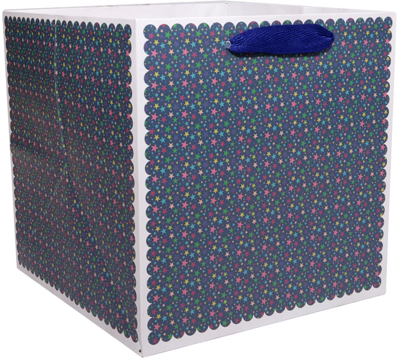 Пакет подарочный Звезды, для цветов, цвет: синий, 10 х 10 х 10 см. 24782832478283Любой подарок начинается с упаковки. Что может быть трогательнее и волшебнее, чем ритуал разворачивания полученного презента. И именно оригинальная, со вкусом выбранная упаковка выделит ваш подарок из массы других. Она продемонстрирует самые теплые чувства к виновнику торжества и создаст сказочную атмосферу праздника. Пакет для цветов Звезды - это то, что вы искали.