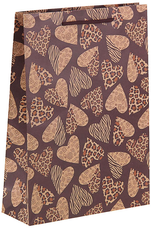 Пакет подарочный Сердца, цвет: коричневый, 24 х 8 х 33 см. 11506871150687Пакет-крафт Сердца из натуральной бумаги отличается высокой воздухопроницаемостью, имеет крепкое дно и крученые ручки. Также он свободно выдерживает относительно большой вес до 10 кг, демонстрируя отличные показатели прочности, и не рвется острыми углами подарочной коробки. Практичность в использовании и разумная стоимость - все это характеризует удобную и абсолютно безопасную в применении упаковку. Модный сдержанный принт подойдет и для дорогой покупки из бутика, и для повседневных бытовых целей. Фирмы, упаковывающие свою продукцию таким образом, демонстрируют осведомленность в вопросах экологии, качестве выпускаемых изделий и заботы о ее потребителях.