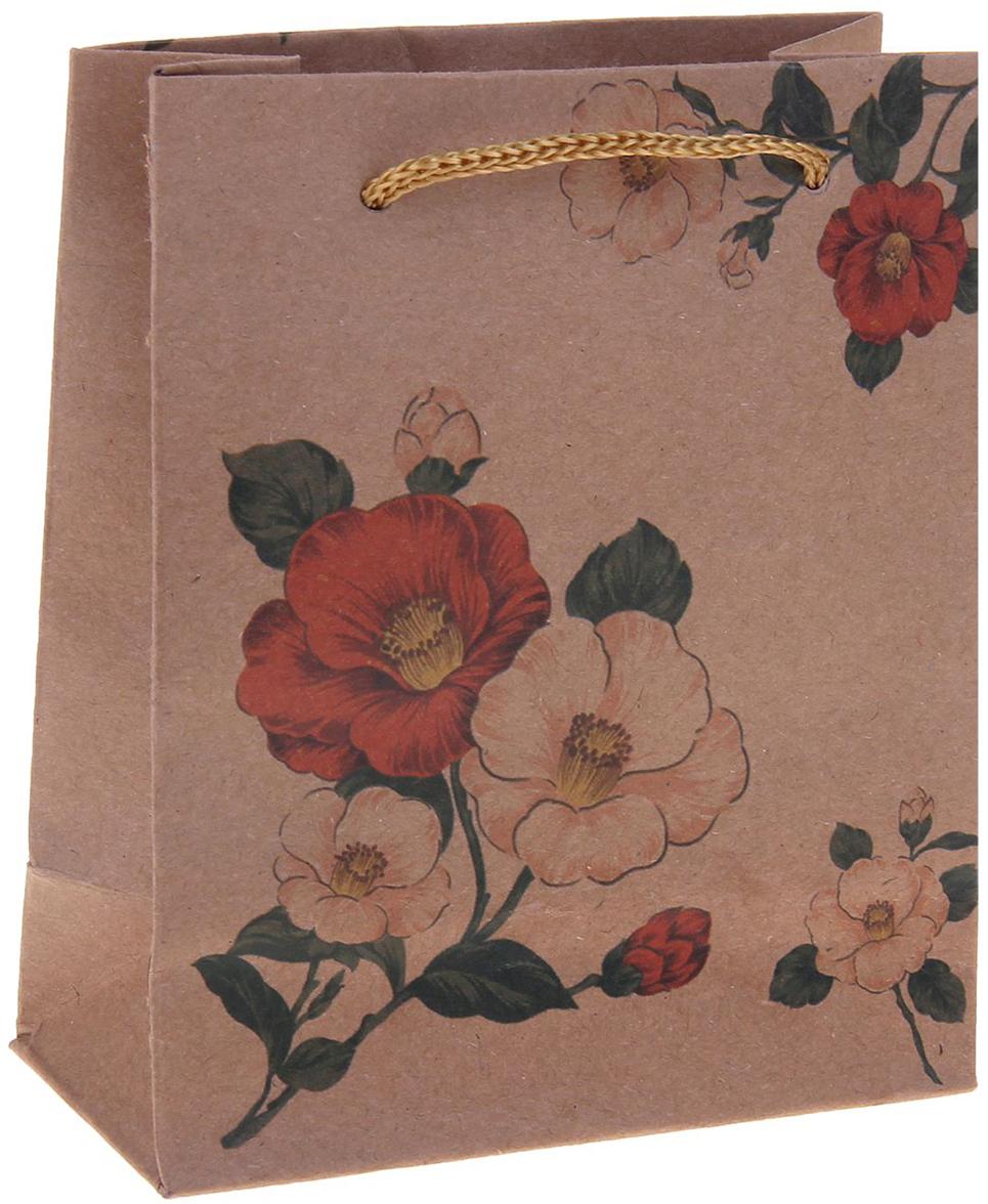 Пакет подарочный Цветы, цвет: мультиколор, 11 х 6 х 14 см. 12550701255070Любой подарок начинается с упаковки. Что может быть трогательнее и волшебнее, чем ритуал разворачивания полученного презента. И именно оригинальная, со вкусом выбранная упаковка выделит ваш подарок из массы других. Она продемонстрирует самые теплые чувства к виновнику торжества и создаст сказочную атмосферу праздника. Пакет-крафт Цветы - это то, что вы искали.