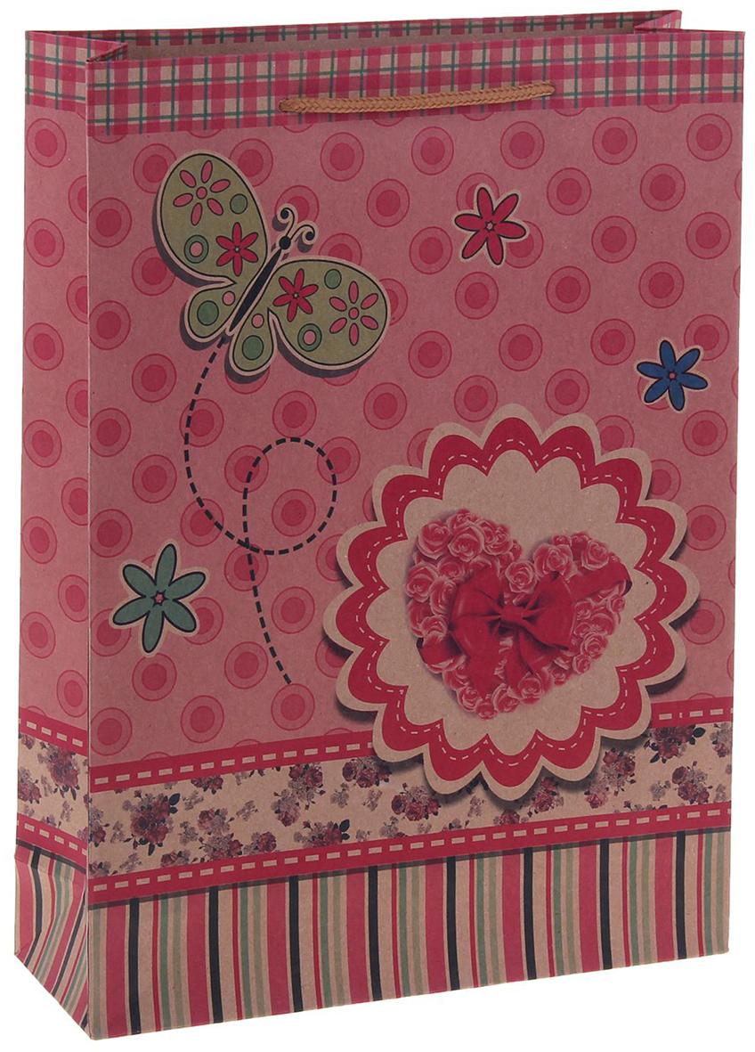 Пакет подарочный Сердце с бабочкой, цвет: розовый, 15 х 6 х 20 см. 12550861255086Любой подарок начинается с упаковки. Что может быть трогательнее и волшебнее, чем ритуал разворачивания полученного презента. И именно оригинальная, со вкусом выбранная упаковка выделит ваш подарок из массы других. Она продемонстрирует самые теплые чувства к виновнику торжества и создаст сказочную атмосферу праздника. Пакет-крафт Сердце с бабочкой - это то, что вы искали.