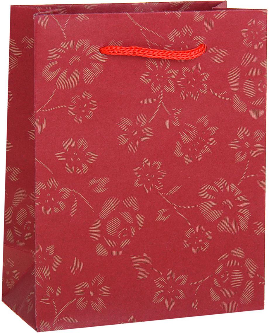 Пакет подарочный Узор, цвет: красный, 11 х 6 х 14 см. 12584021258402Любой подарок начинается с упаковки. Что может быть трогательнее и волшебнее, чем ритуал разворачивания полученного презента. И именно оригинальная, со вкусом выбранная упаковка выделит ваш подарок из массы других. Она продемонстрирует самые теплые чувства к виновнику торжества и создаст сказочную атмосферу праздника. Пакет-крафт Узор - это то, что вы искали.