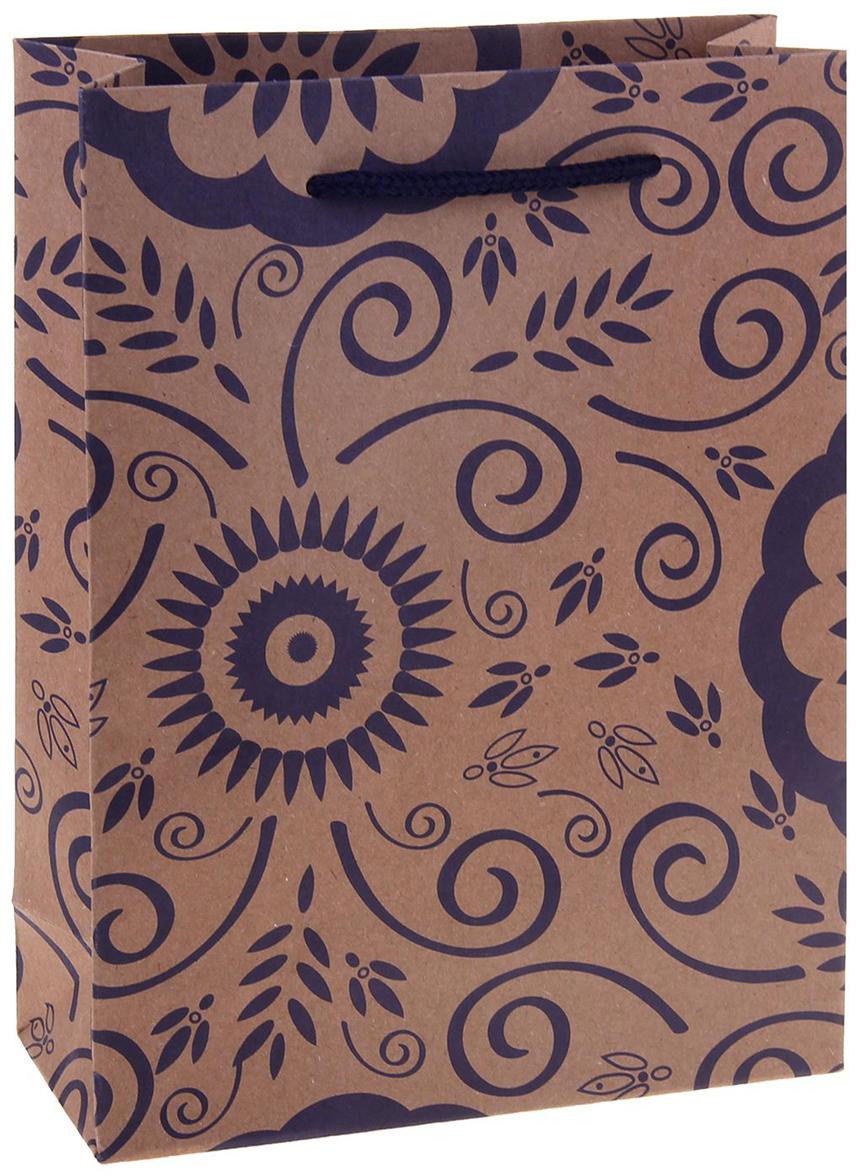 Пакет подарочный Узор, цвет: фиолетовый, 15 х 6 х 20 см. 12584201258420Любой подарок начинается с упаковки. Что может быть трогательнее и волшебнее, чем ритуал разворачивания полученного презента. И именно оригинальная, со вкусом выбранная упаковка выделит ваш подарок из массы других. Она продемонстрирует самые теплые чувства к виновнику торжества и создаст сказочную атмосферу праздника. Пакет-крафт Узор - это то, что вы искали.