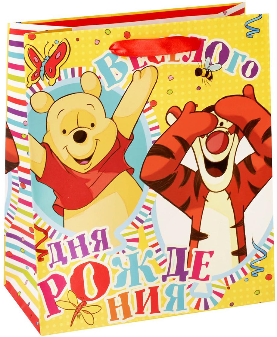 Пакет подарочный Disney Медвежонок Винни и его друзья, цвет: мультиколор, 23 х 27 х 11,5 см. 14333171433317Подарки не обязательно делать только по важным поводам. Дарите их спонтанно, без причины, просто для души, ведь главное в этом процессе - удовольствие! А сколько радости получит адресат, когда увидит яркий ламинированный пакет с любимыми героями!Прочная ламинированная бумага с атласными ручками и уникальный дизайн делают его идеальным. Положите в него конфеты или игрушки, и ваш подарок не затеряется среди других.