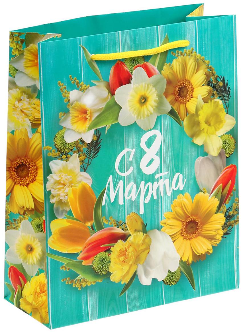 Пакет подарочный Дарите Счастье Свежесть весны, цвет: мультиколор, 18 х 23 х 8 см. 15269691526969Любой подарок начинается с упаковки. Что может быть трогательнее и волшебнее, чем ритуал разворачивания полученного презента. И именно оригинальная, со вкусом выбранная упаковка выделит ваш подарок из массы других. Она продемонстрирует самые теплые чувства к виновнику торжества и создаст сказочную атмосферу праздника - это то, что вы искали. Невозможно представить нашу жизнь без праздников! Мы всегда ждем их и предвкушаем, обдумываем, как проведем памятный день, тщательно выбираем подарки и аксессуары, ведь именно они создают и поддерживают торжественный настрой - это отличный выбор, который привнесет атмосферу праздника в ваш дом!