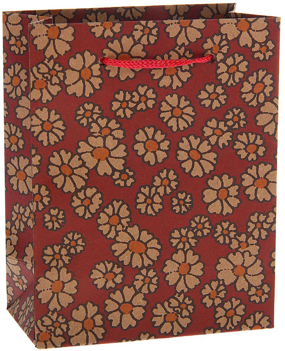 Пакет подарочный Ромашки, цвет: бордовый, 11 х 14 х 6 см. 15377091537709Любой подарок начинается с упаковки. Что может быть трогательнее и волшебнее, чем ритуал разворачивания полученного презента. И именно оригинальная, со вкусом выбранная упаковка выделит ваш подарок из массы других. Она продемонстрирует самые теплые чувства к виновнику торжества и создаст сказочную атмосферу праздника. Пакет-крафт Ромашки - это то, что вы искали.
