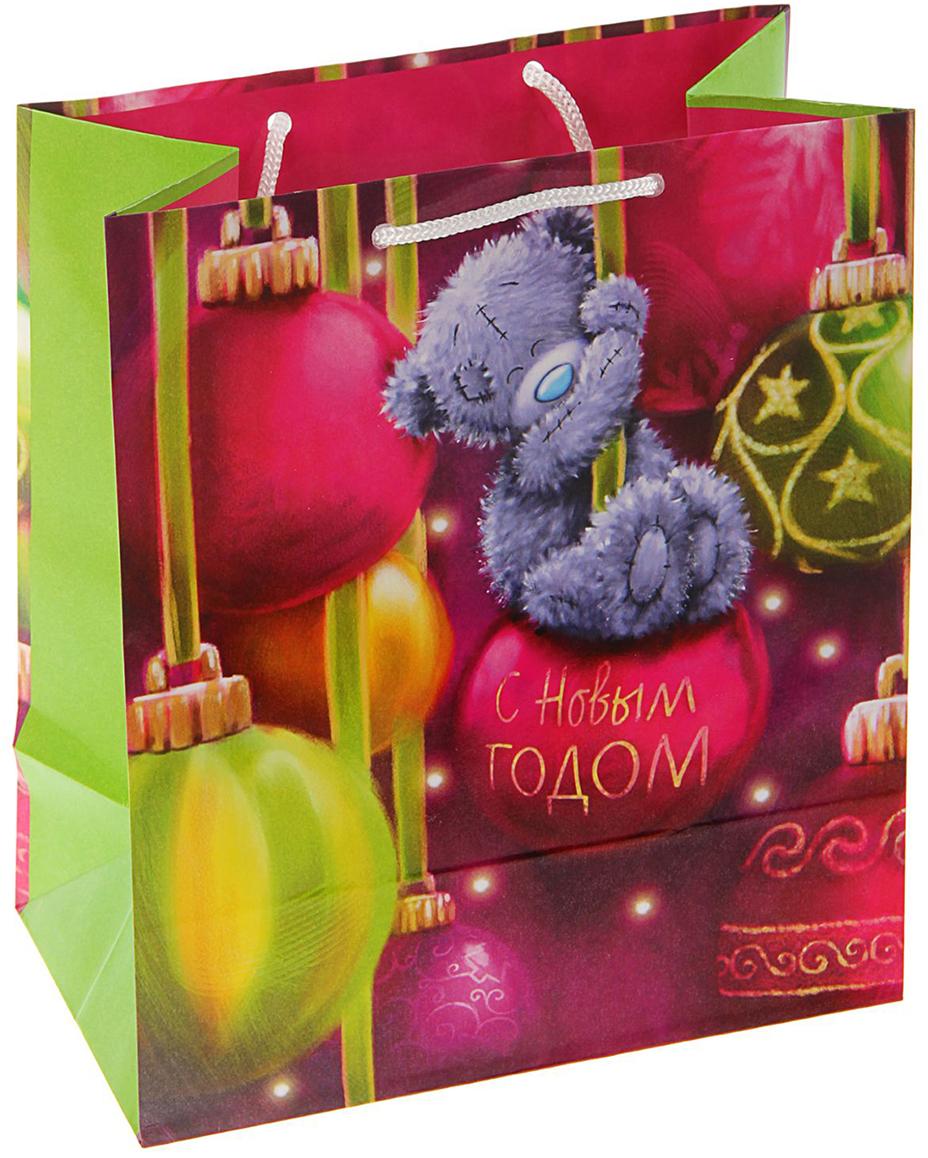 Любой подарок начинается с упаковки. Что может быть трогательнее и волшебнее, чем ритуал разворачивания полученного презента. И именно оригинальная, со вкусом выбранная упаковка выделит ваш подарок из массы других. Она продемонстрирует самые теплые чувства к виновнику торжества и создаст сказочную атмосферу праздника - это то, что вы искали. Невозможно представить нашу жизнь без праздников! Мы всегда ждем их и предвкушаем, обдумываем, как проведем памятный день, тщательно выбираем подарки и аксессуары, ведь именно они создают и поддерживают торжественный настрой - это отличный выбор, который привнесет атмосферу праздника в ваш дом!