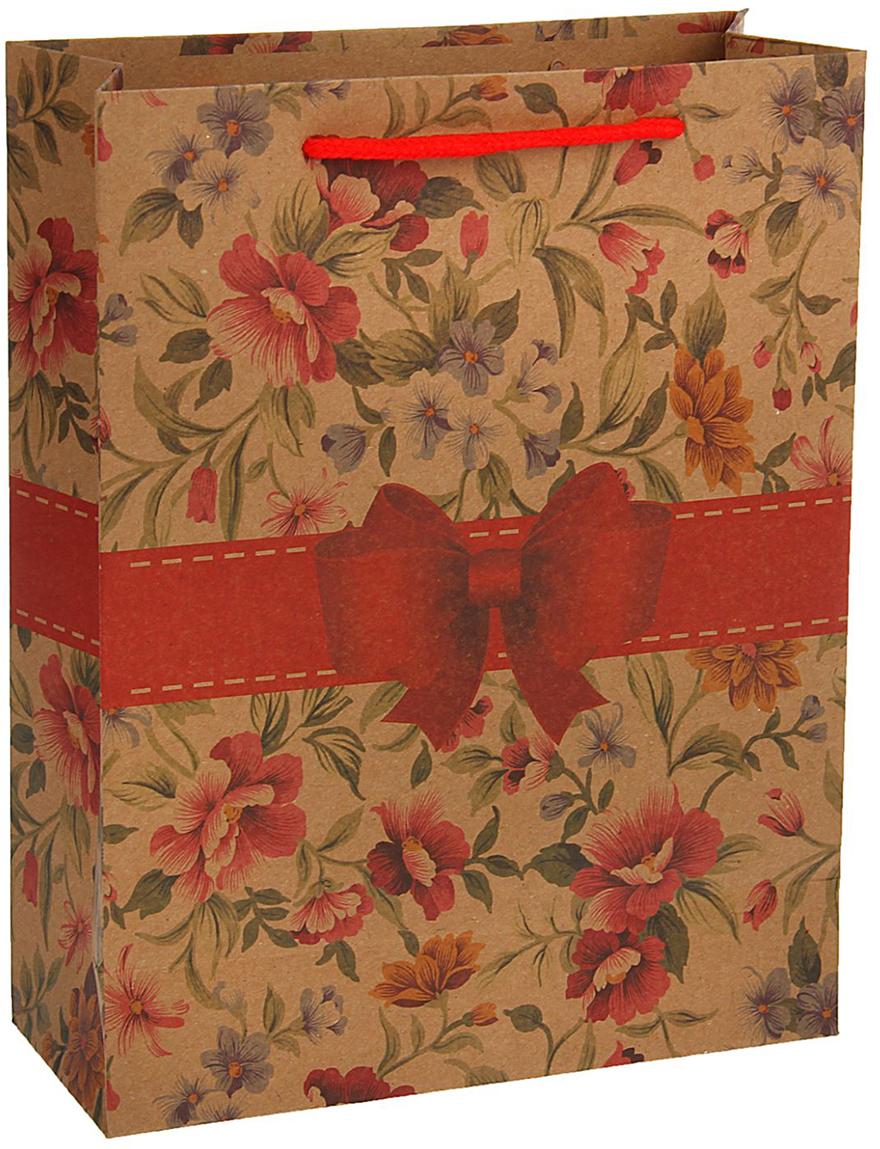 Пакет подарочный, цвет: красный, 36 х 27 х 8 см. 18492601849260Любой подарок начинается с упаковки. Что может быть трогательнее и волшебнее, чем ритуал разворачивания полученного презента. И именно оригинальная, со вкусом выбранная упаковка выделит ваш подарок из массы других. Она продемонстрирует самые теплые чувства к виновнику торжества и создаст сказочную атмосферу праздника - это то, что вы искали.